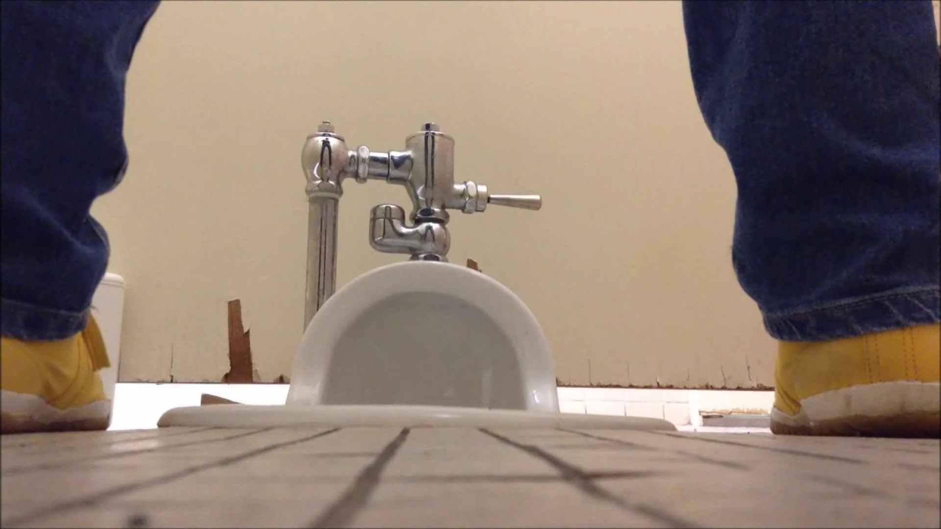 某有名大学女性洗面所 vol.03 OLの実態 盗み撮りAV無料動画キャプチャ 32pic 26