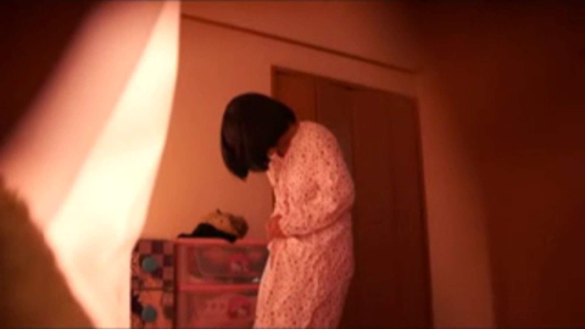 vol.2 まりこさんのお着替え、就寝前の映像です。 着替え  80pic 12