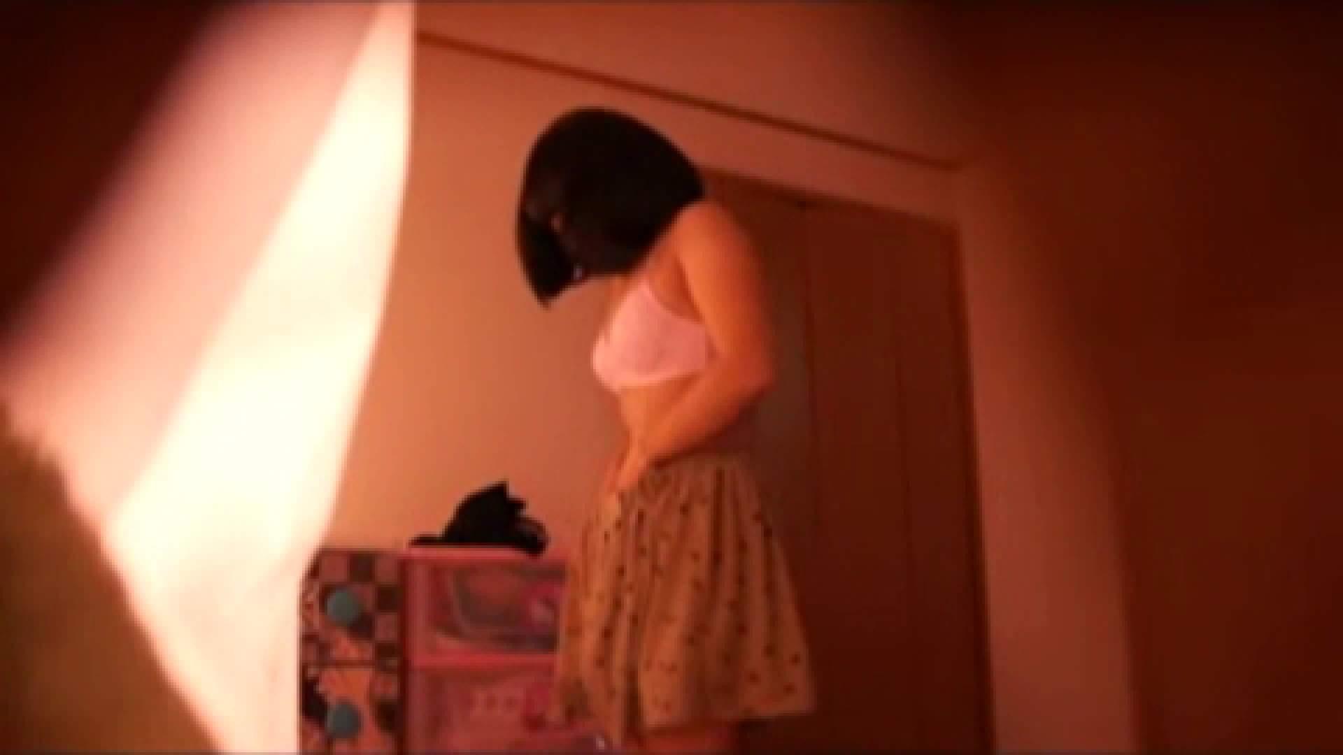 vol.2 まりこさんのお着替え、就寝前の映像です。 着替え | OLの実態  80pic 13