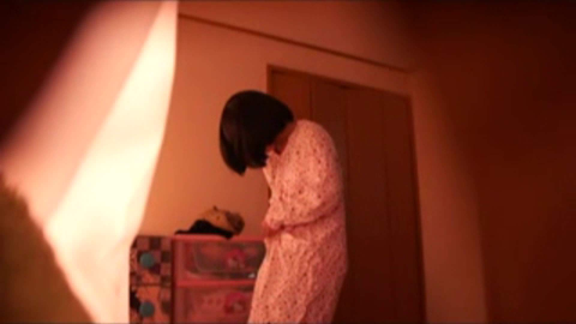 vol.2 まりこさんのお着替え、就寝前の映像です。 着替え  80pic 16