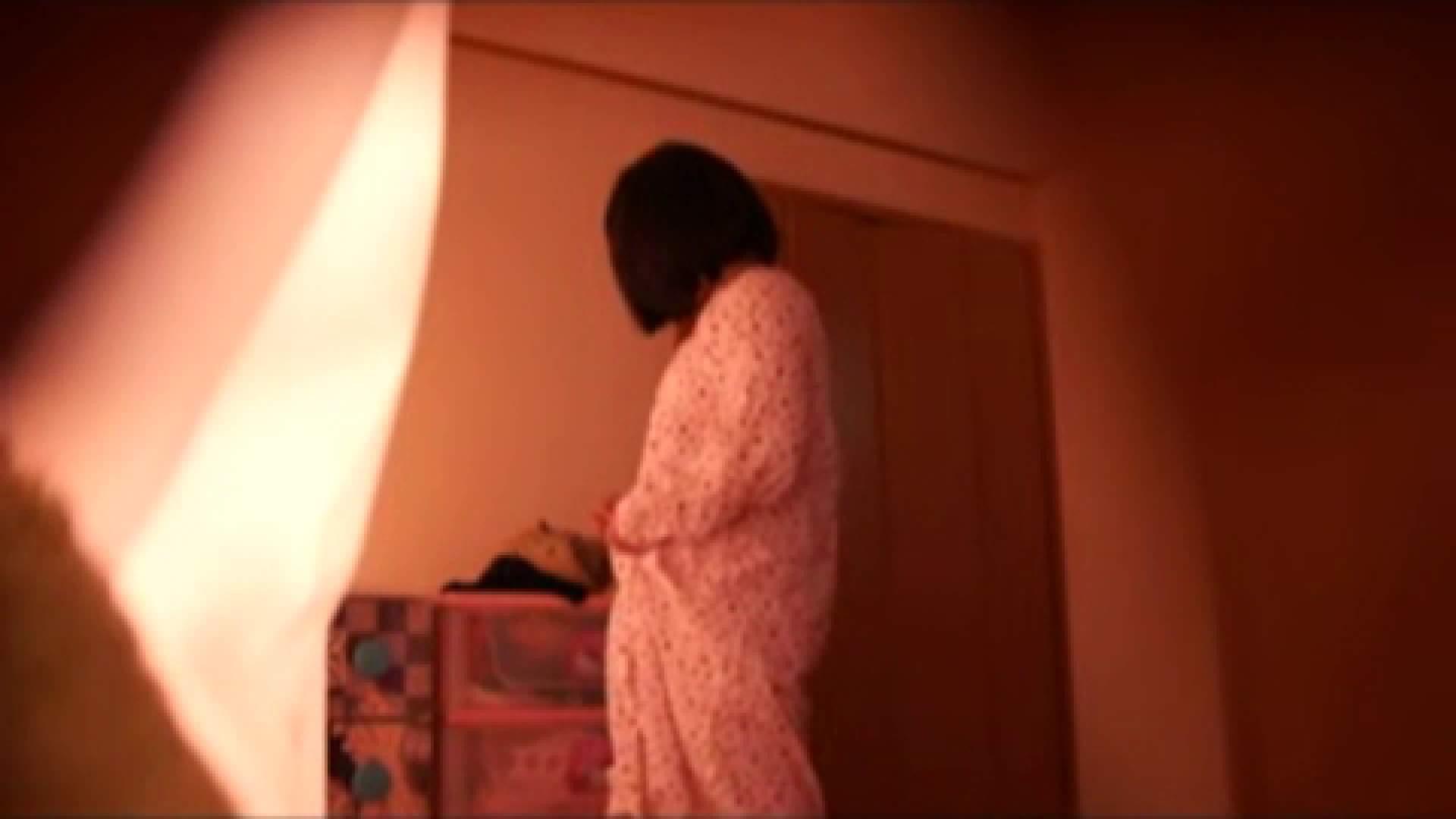 vol.2 まりこさんのお着替え、就寝前の映像です。 着替え  80pic 20