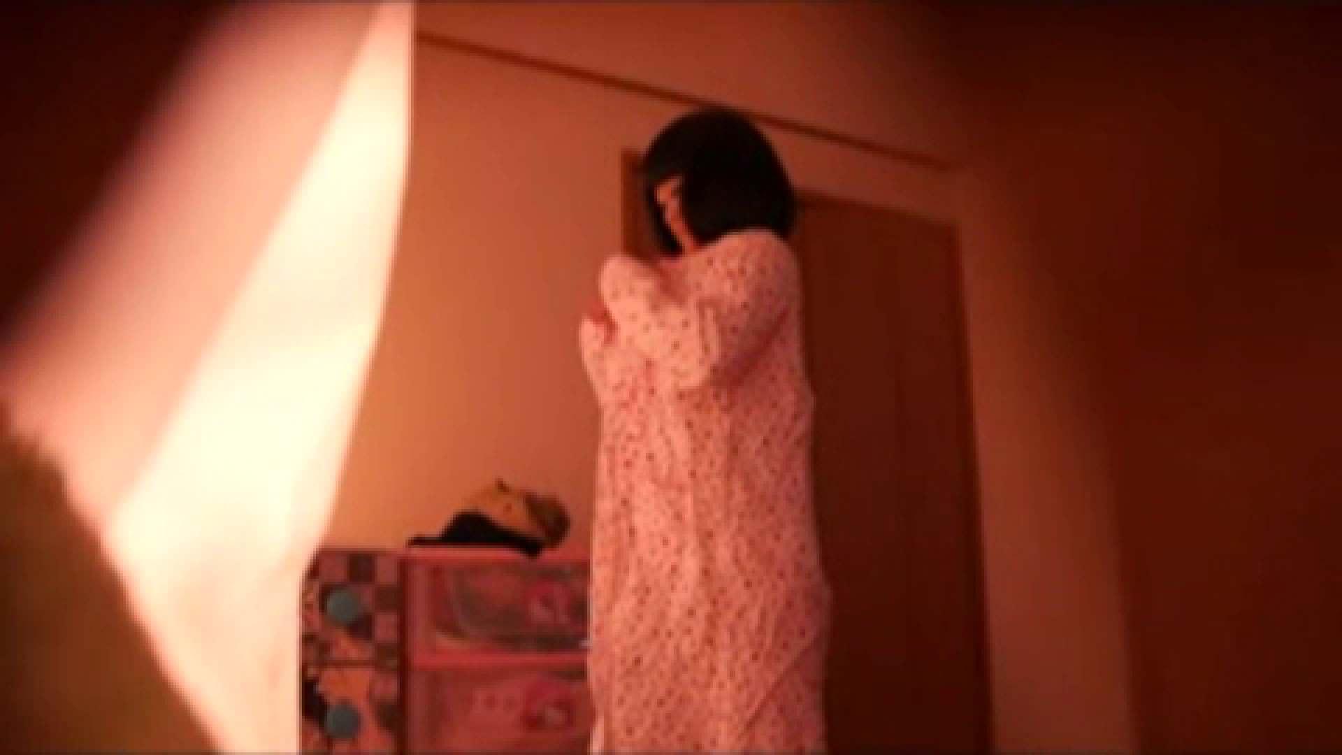 vol.2 まりこさんのお着替え、就寝前の映像です。 着替え  80pic 38