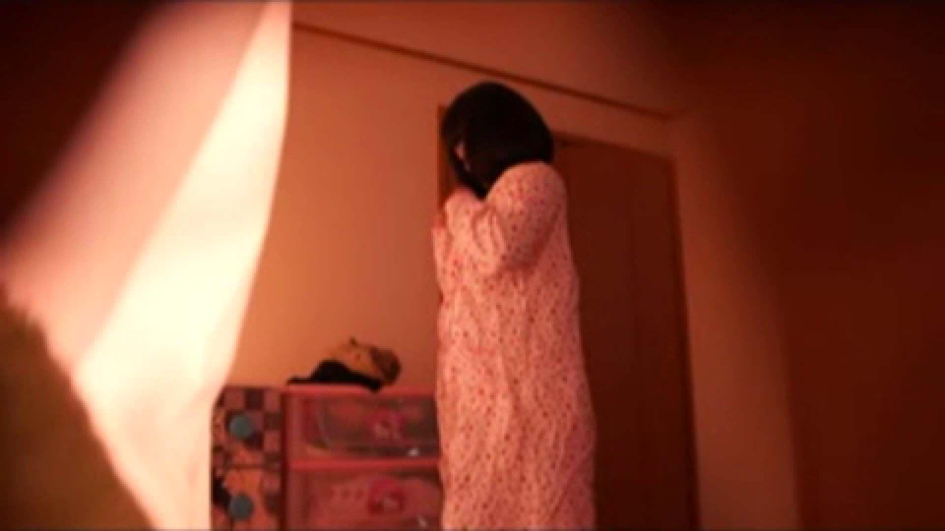 vol.2 まりこさんのお着替え、就寝前の映像です。 着替え  80pic 46