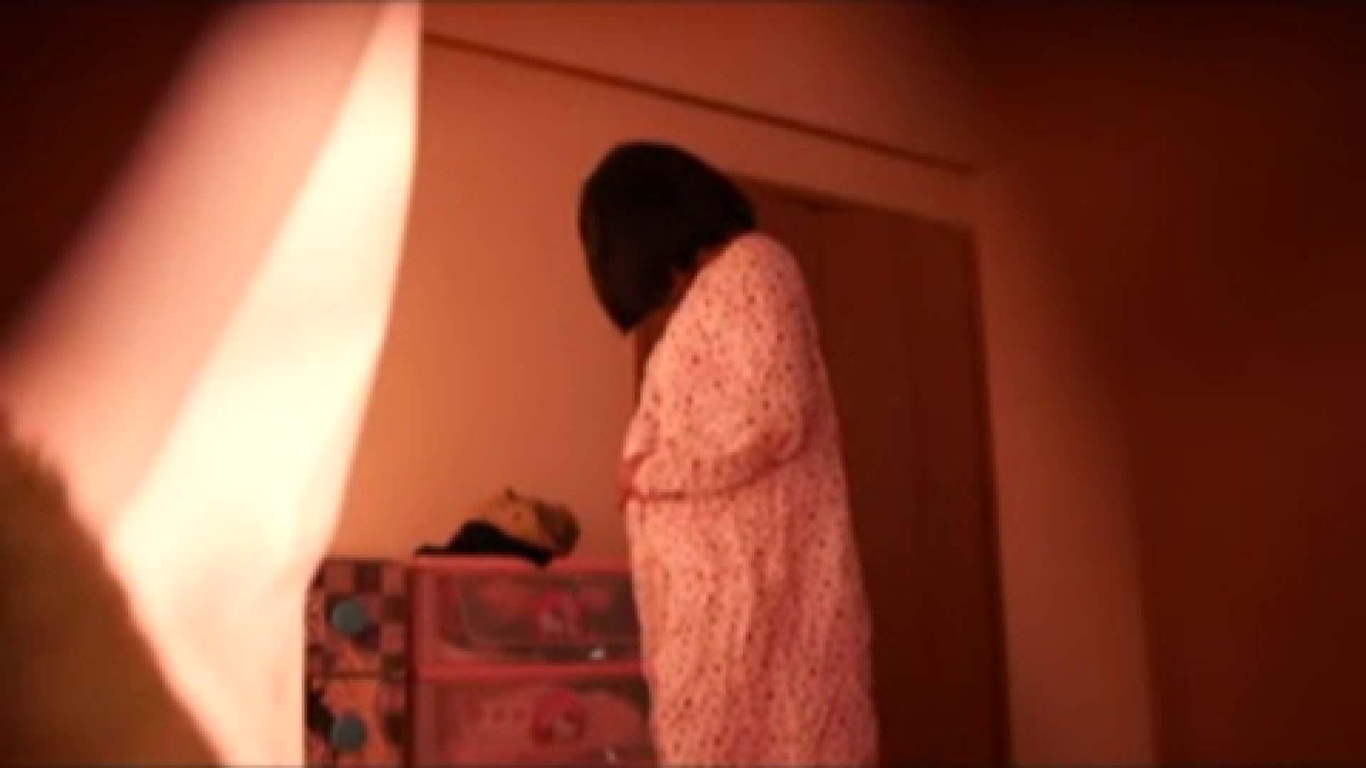vol.2 まりこさんのお着替え、就寝前の映像です。 着替え | OLの実態  80pic 57