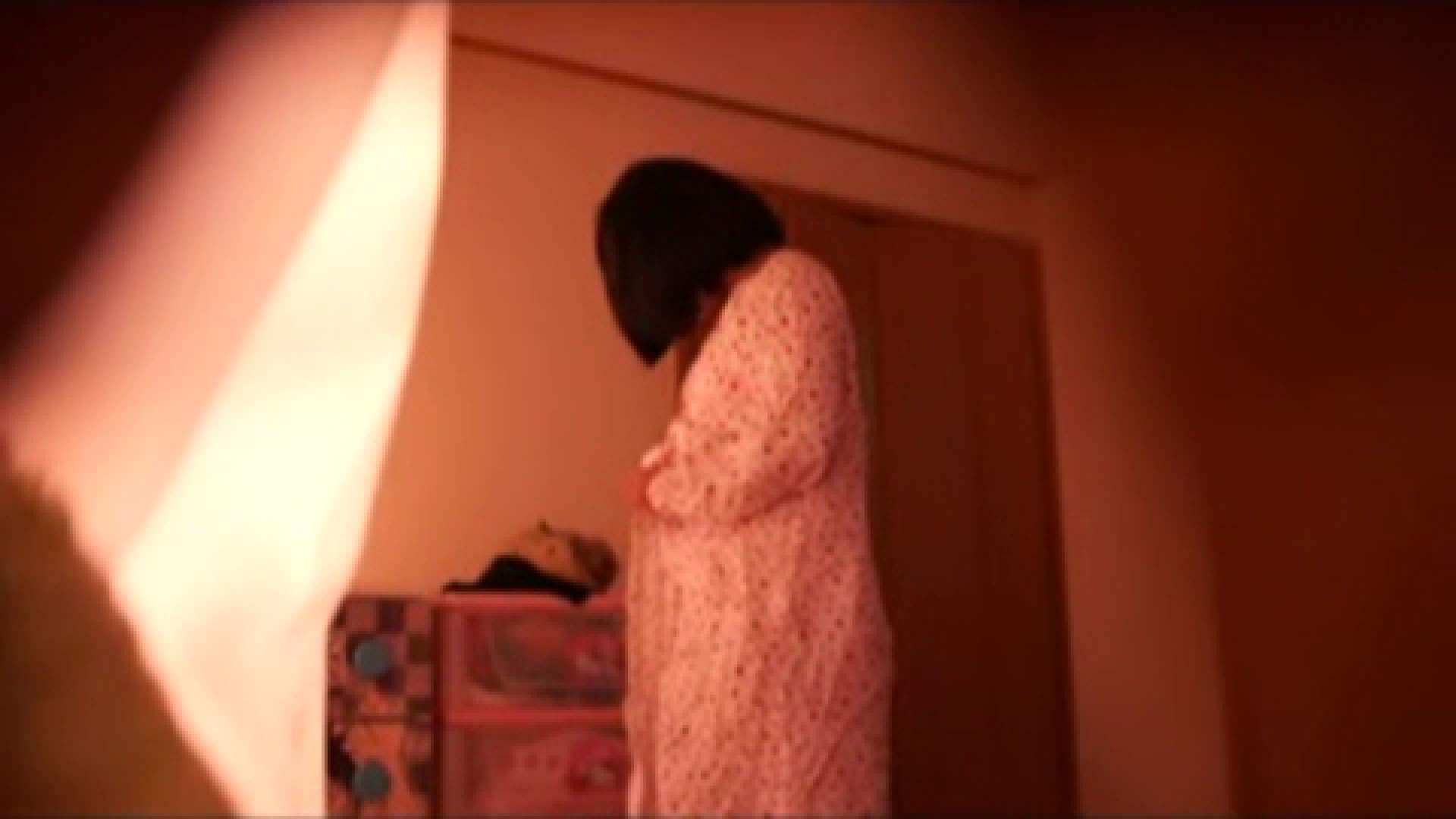 vol.2 まりこさんのお着替え、就寝前の映像です。 着替え  80pic 60
