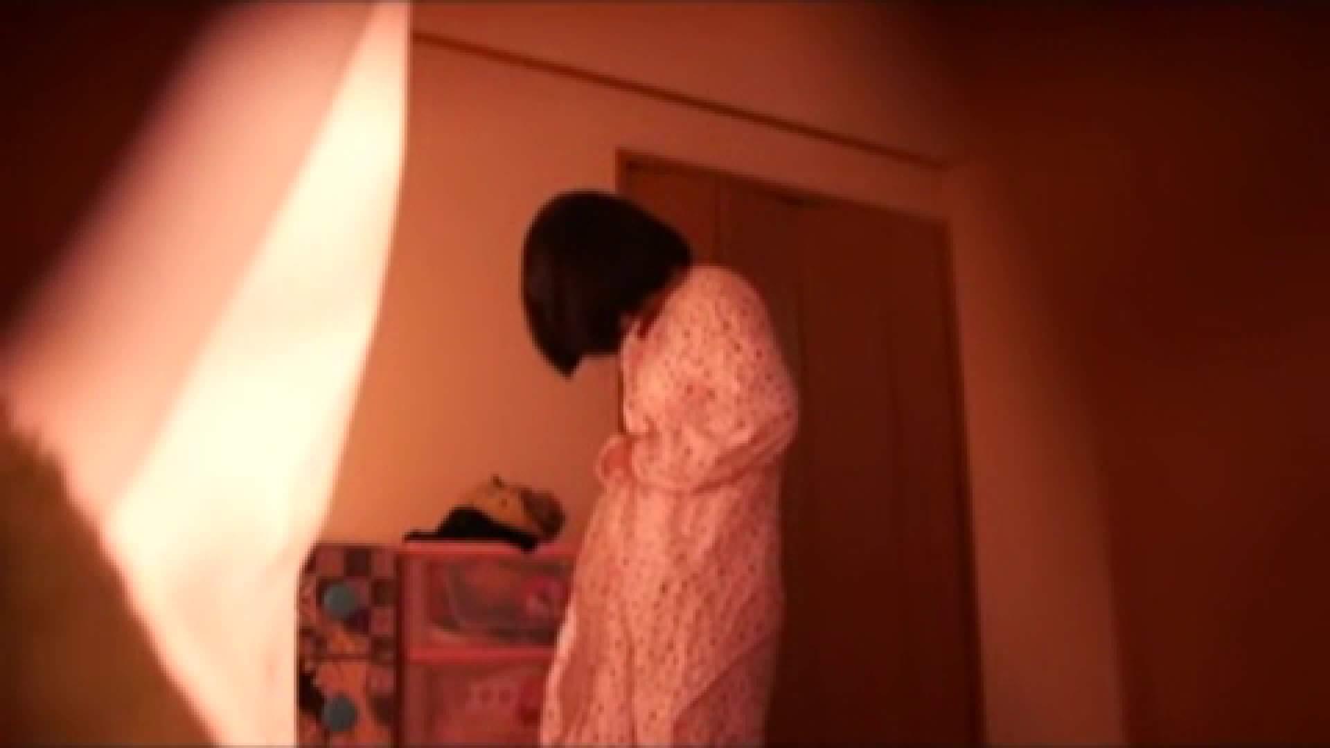 vol.2 まりこさんのお着替え、就寝前の映像です。 着替え  80pic 80