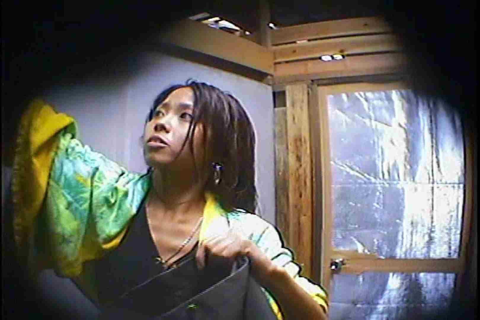 海の家の更衣室 Vol.45 OLの実態 盗撮われめAV動画紹介 90pic 20
