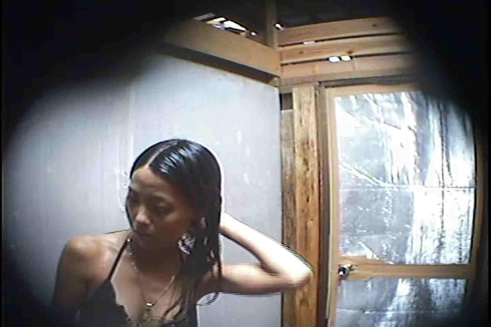 海の家の更衣室 Vol.45 美女 | シャワー  90pic 58
