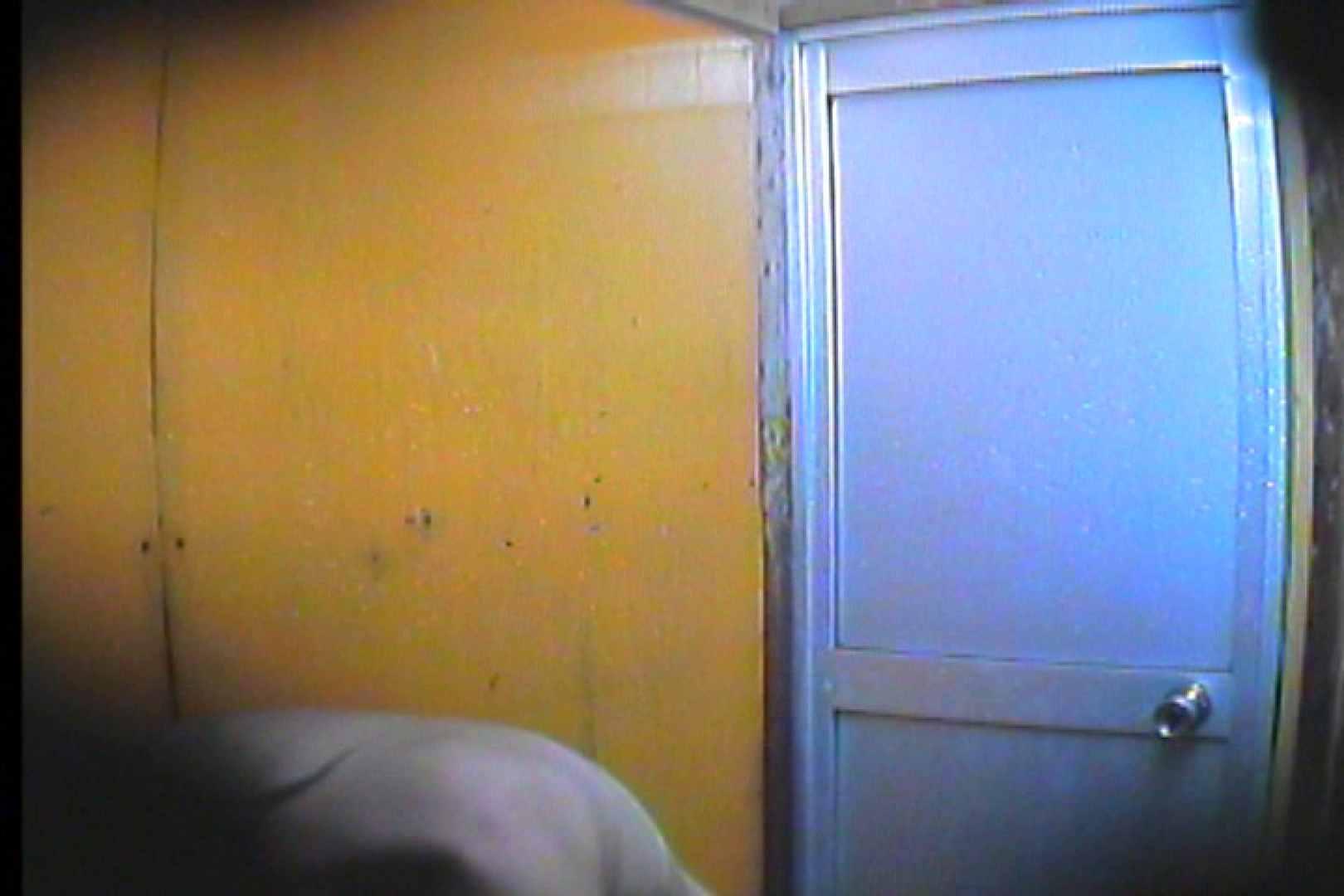 海の家の更衣室 Vol.46 OLの実態 | シャワー  99pic 4