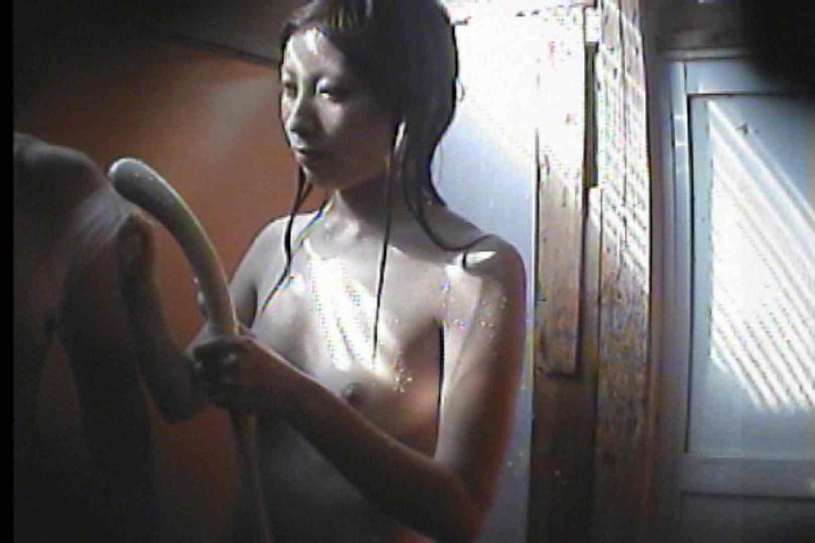 海の家の更衣室 Vol.47 シャワー | 美女  95pic 43