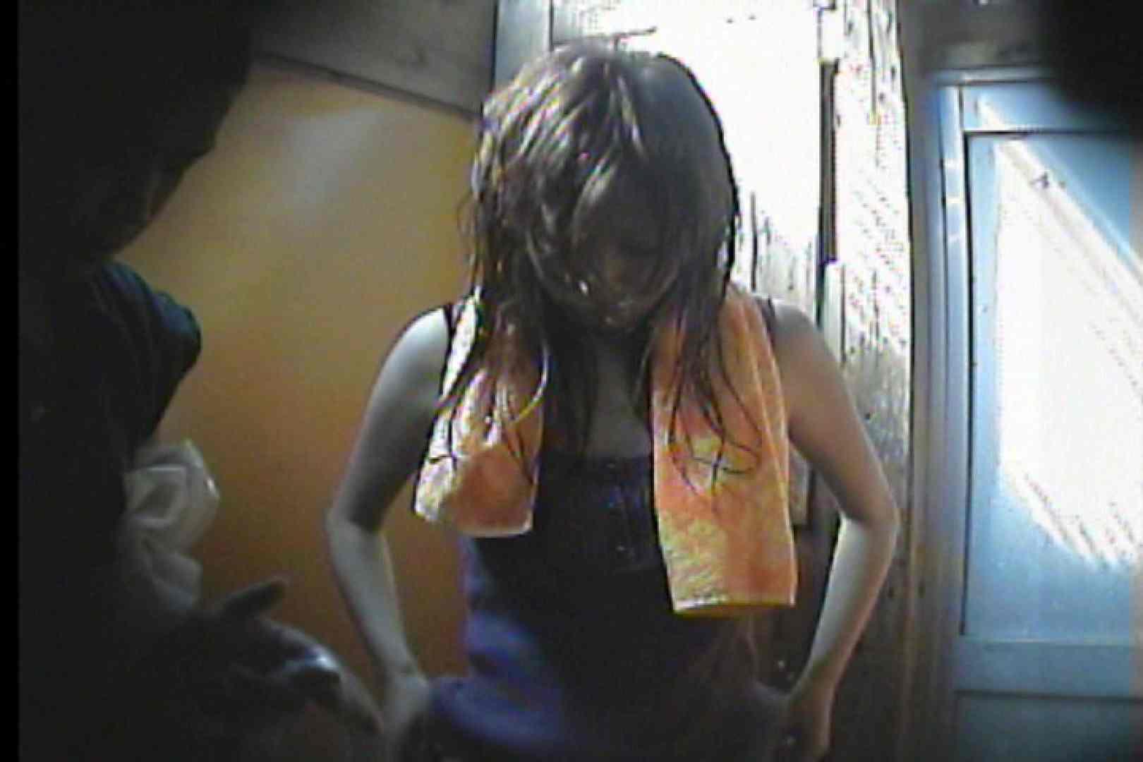 海の家の更衣室 Vol.47 OLの実態 盗撮おまんこ無修正動画無料 95pic 92