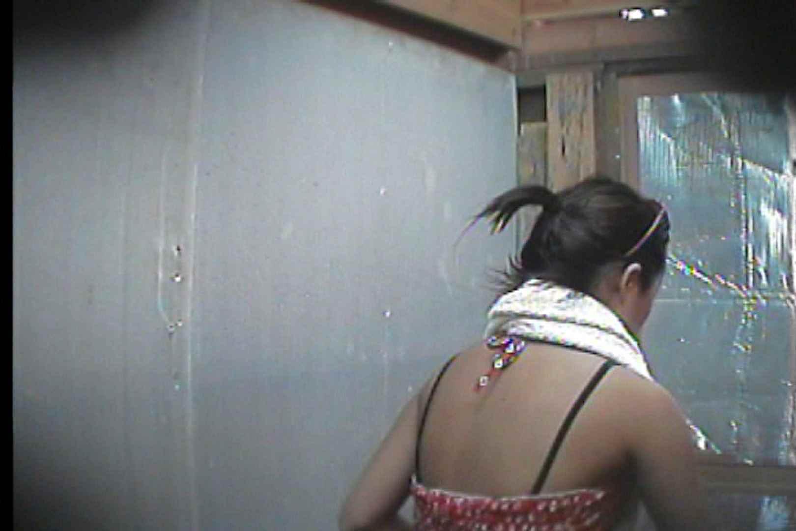 海の家の更衣室 Vol.55 シャワー | 美女  75pic 16
