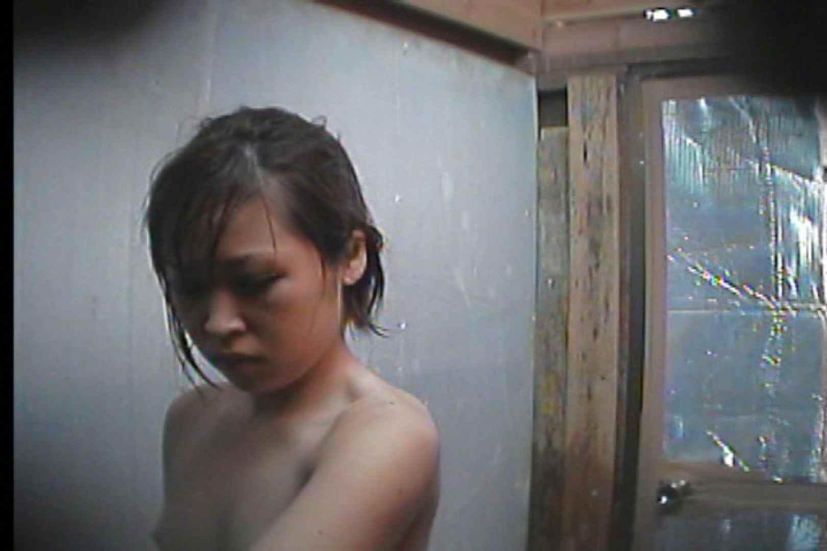 海の家の更衣室 Vol.55 シャワー  75pic 27