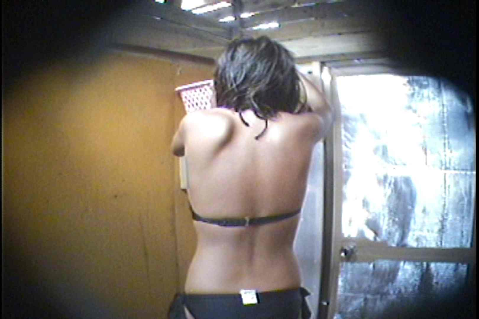 海の家の更衣室 Vol.56 OLの実態   美女  29pic 13