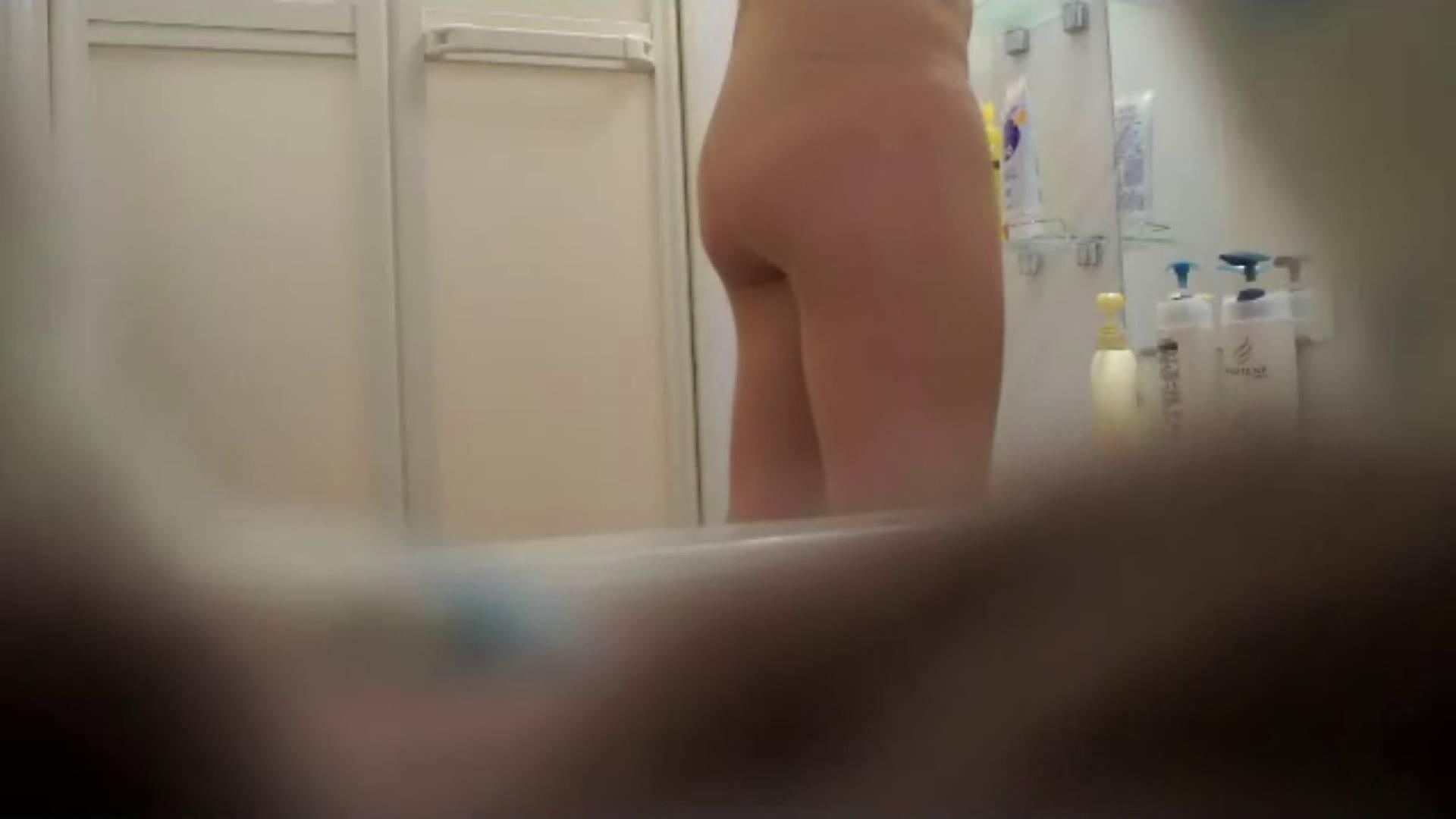 vol.9 ユリナが家に泊まりに来て私が悪戯をした日の入浴シーン。 OLの実態 盗撮おめこ無修正動画無料 19pic 8