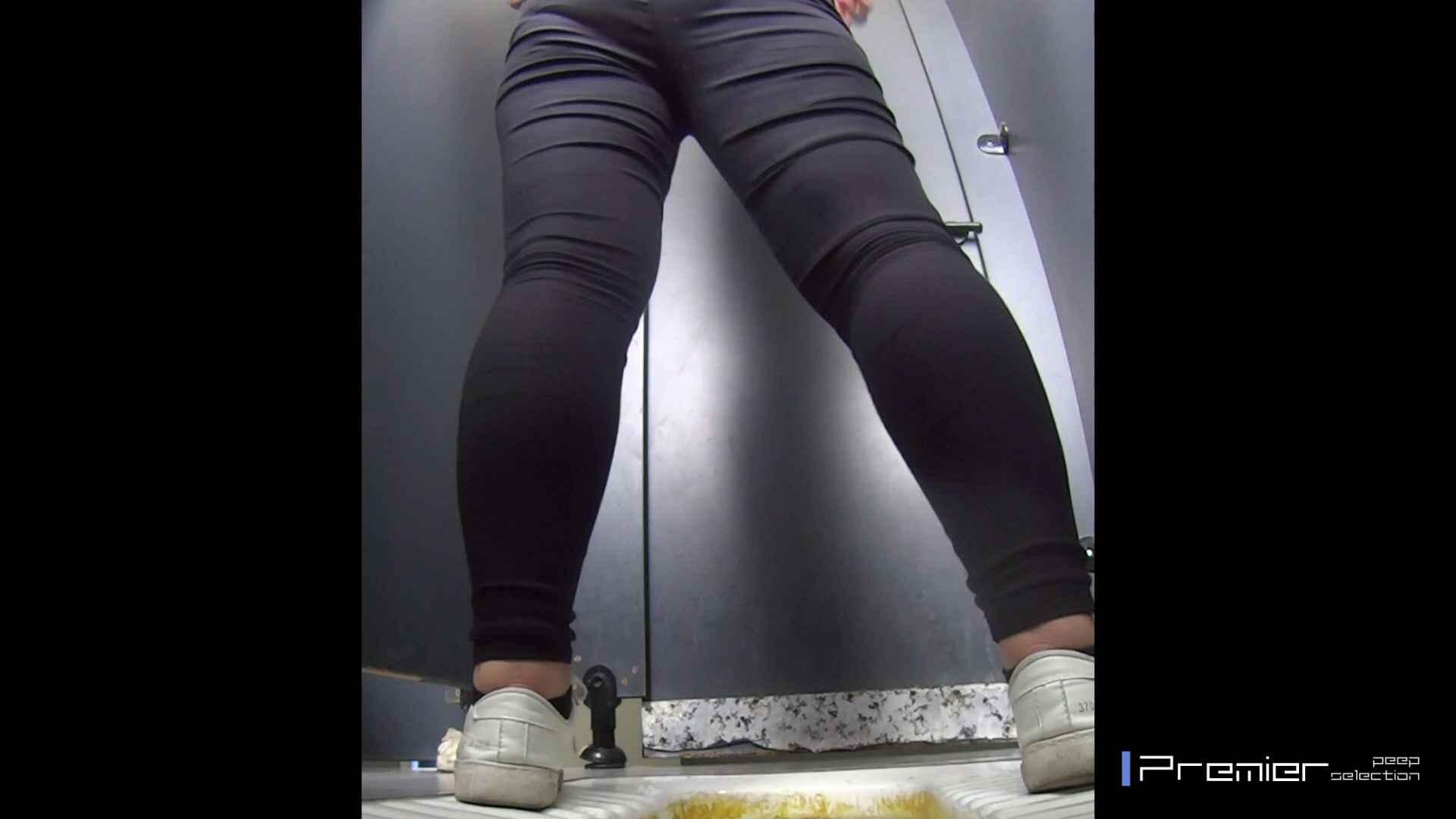 むっちり眼鏡さんの洗面所盗撮 大学休憩時間の洗面所事情17 盗撮 | 美女  43pic 36