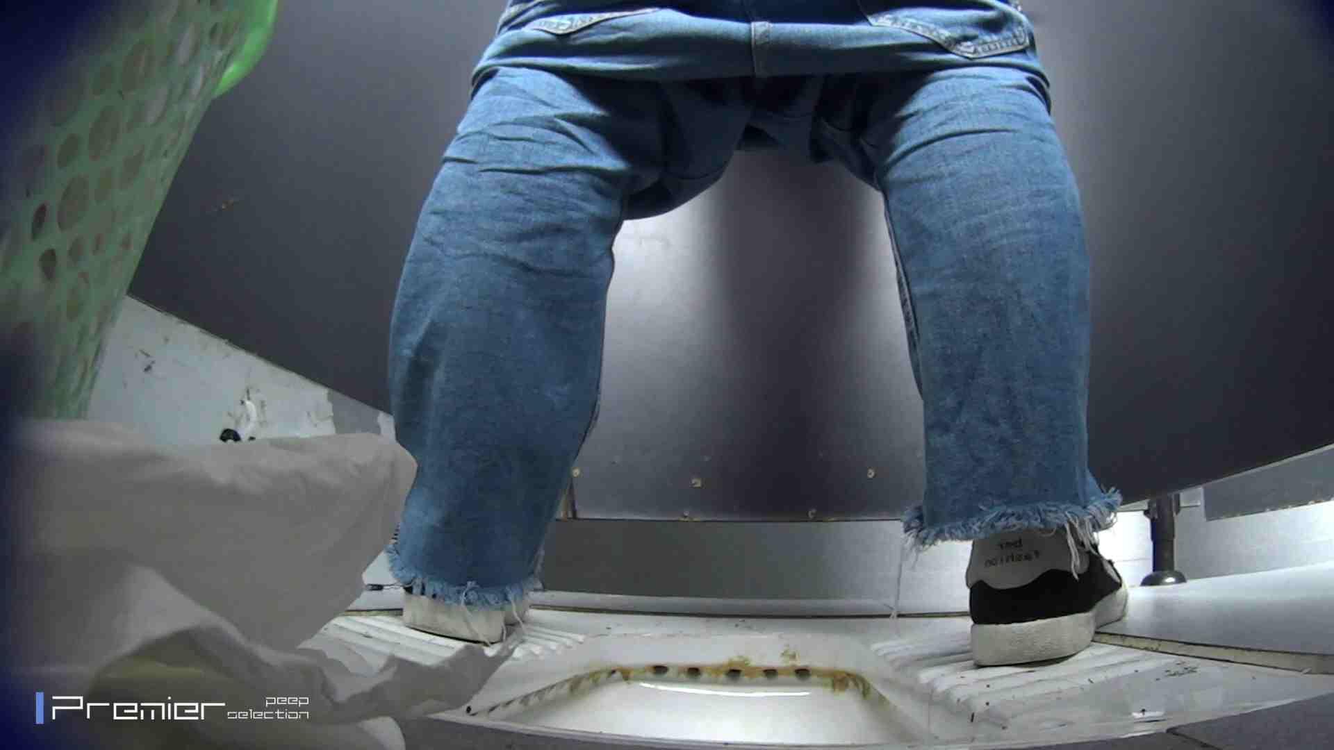 滴り落ちる聖水 大学休憩時間の洗面所事情42 盗撮 オマンコ無修正動画無料 24pic 14
