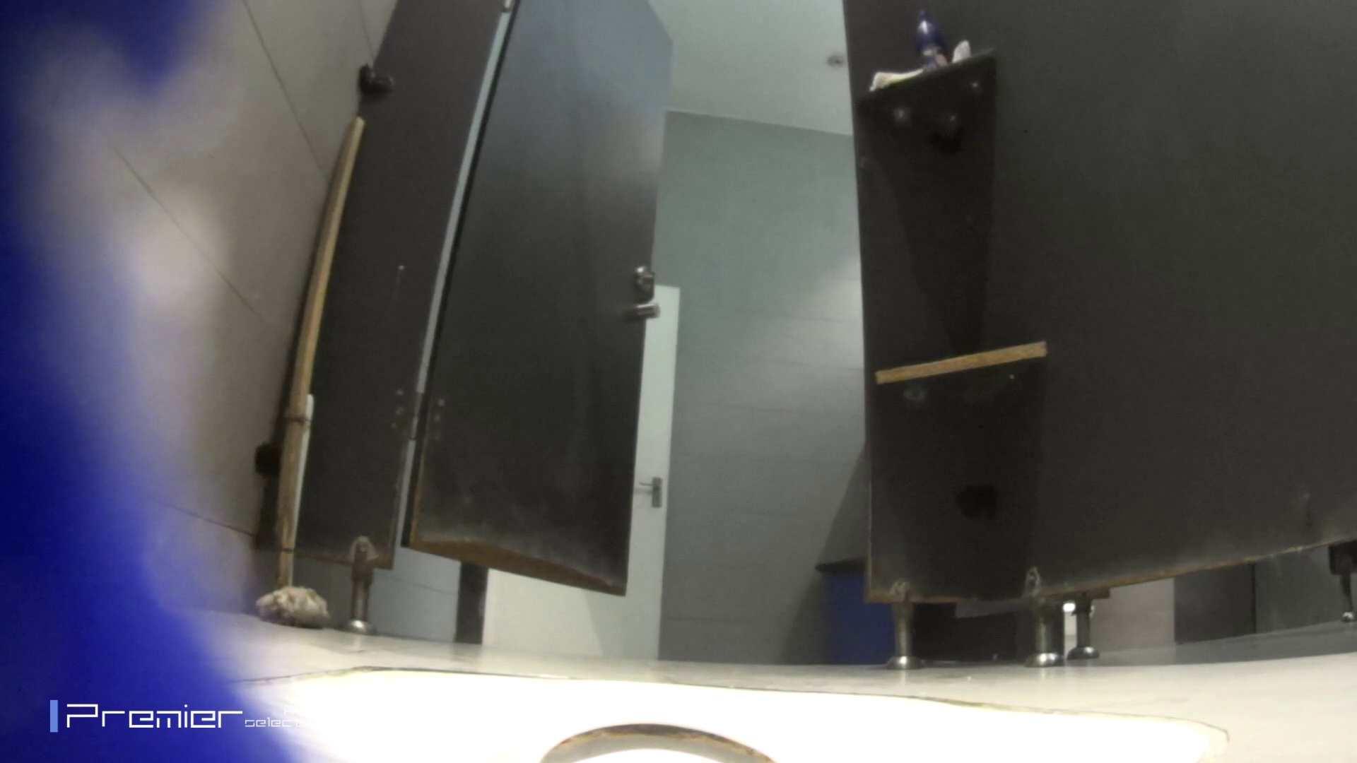 真夏のギャルの洗面所 大学休憩時間の洗面所事情52 ギャルの実態 | お姉さん  80pic 41
