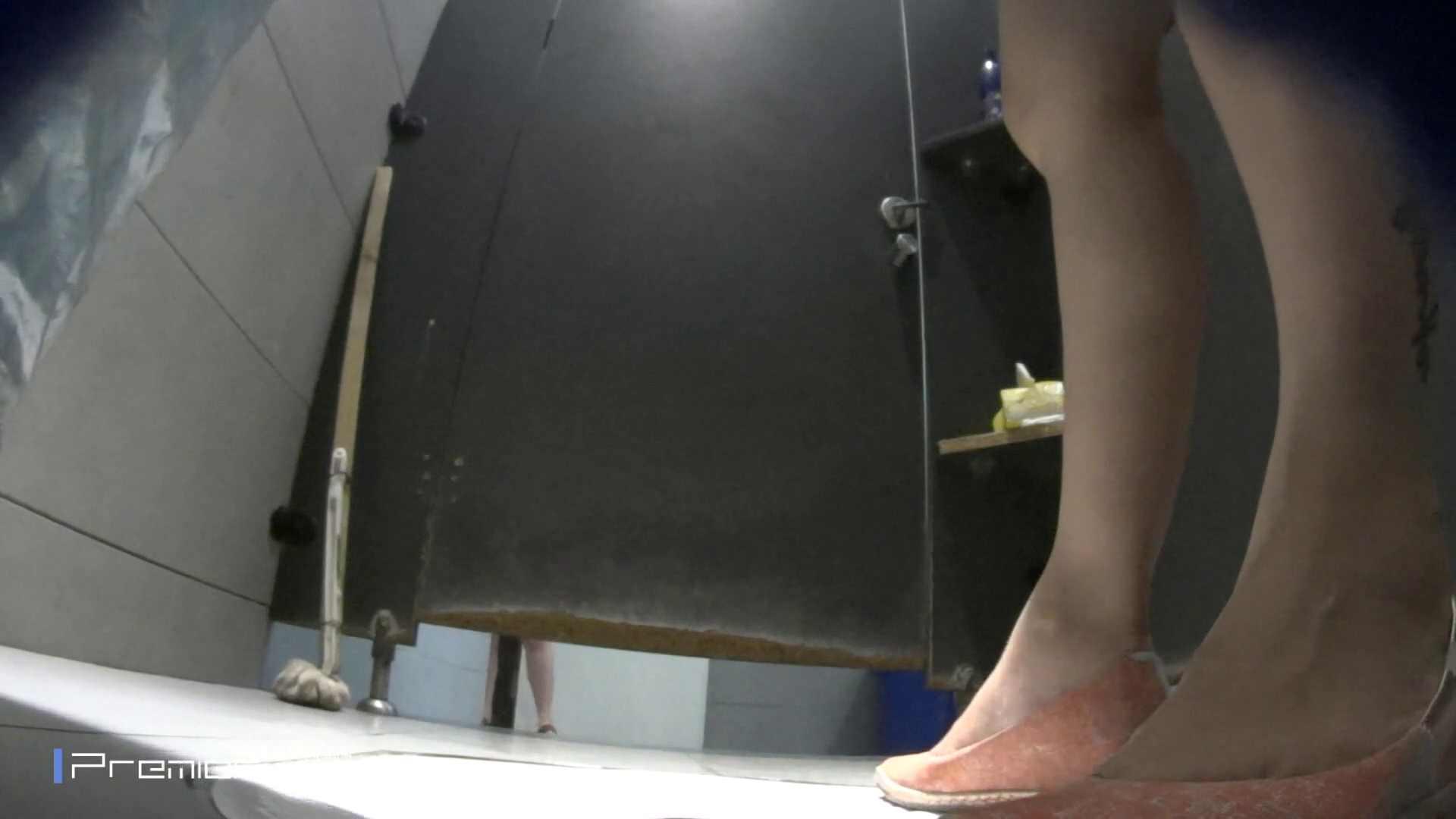 白いミニスカート清楚なお女市さん 大学休憩時間の洗面所事情59 盗撮  73pic 28