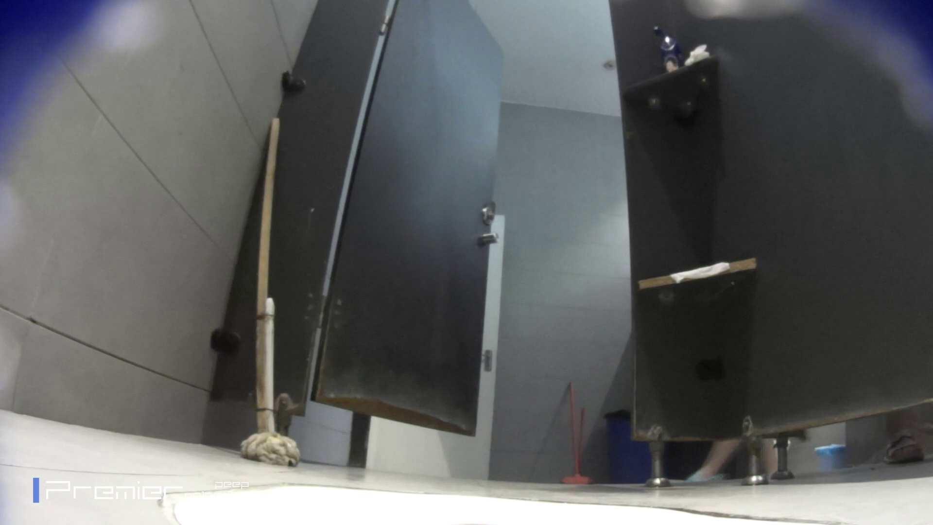 トイレットペーパーを握りしめ個室に入る乙女 大学休憩時間の洗面所事情83 トイレ | 乙女  99pic 1