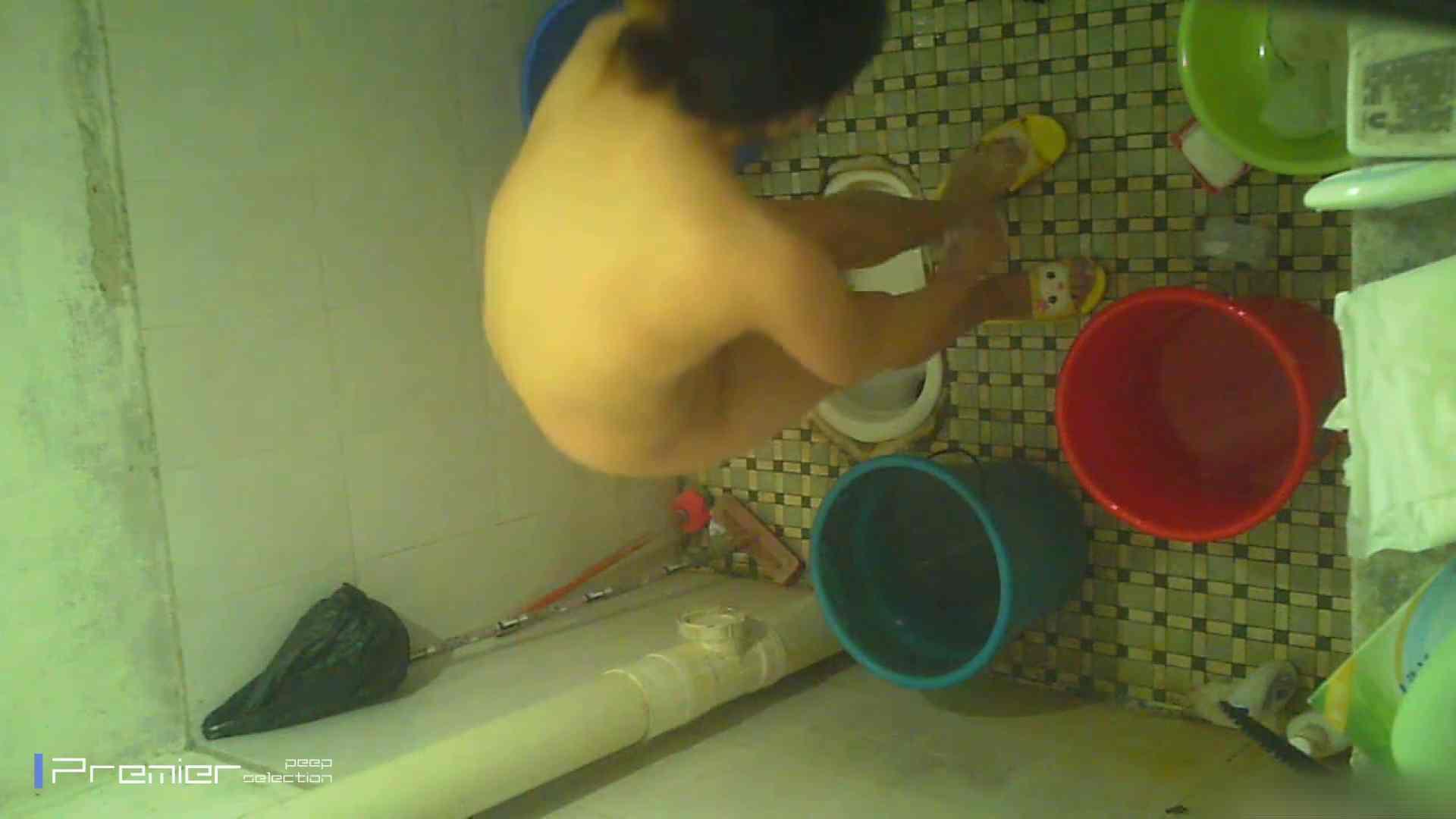 美女の痴態に密着!洗面所で入浴!  盗撮 スケベ動画紹介 78pic 37