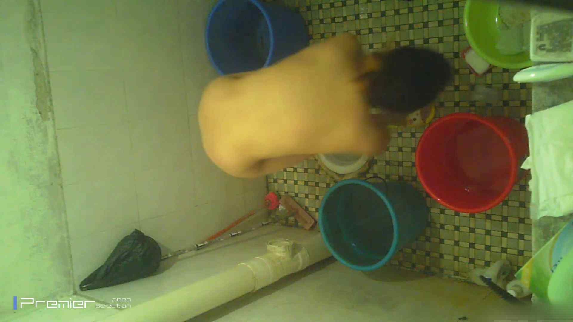 美女の痴態に密着!洗面所で入浴!  洗面所 盗撮オメコ無修正動画無料 78pic 38