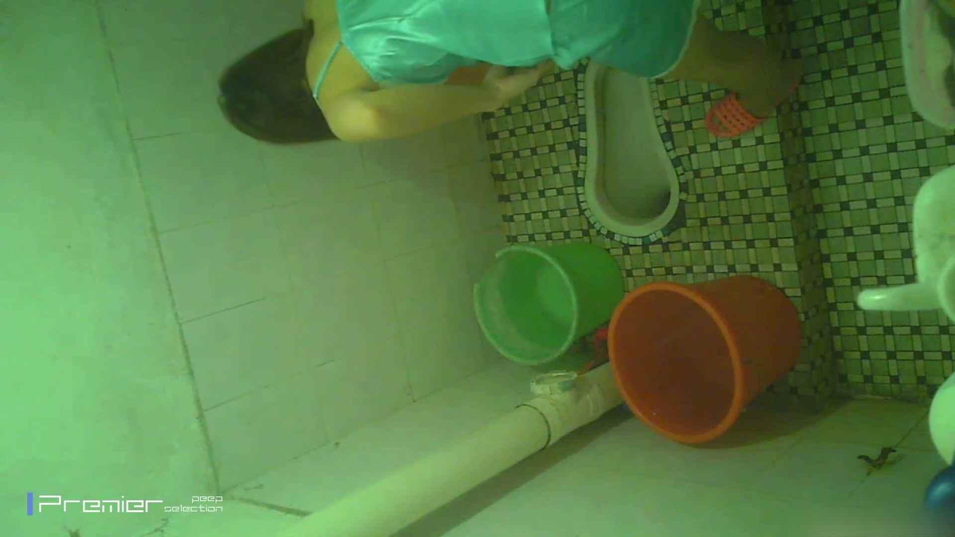 美女の痴態に密着!洗面所で体を洗う!絶世の美女 Vol.06 チラ のぞきエロ無料画像 41pic 12