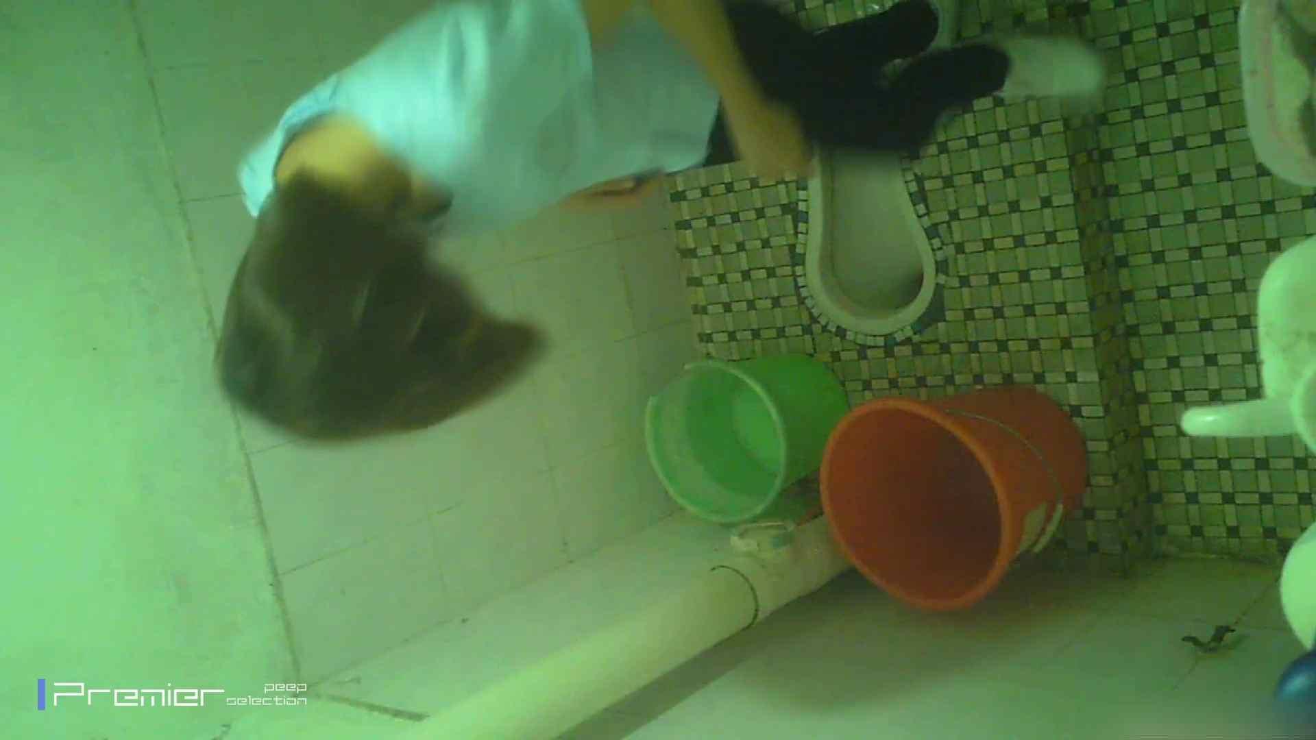 美女の痴態に密着!洗面所で体を洗う!絶世の美女 Vol.06 潜入 覗きおまんこ画像 41pic 13