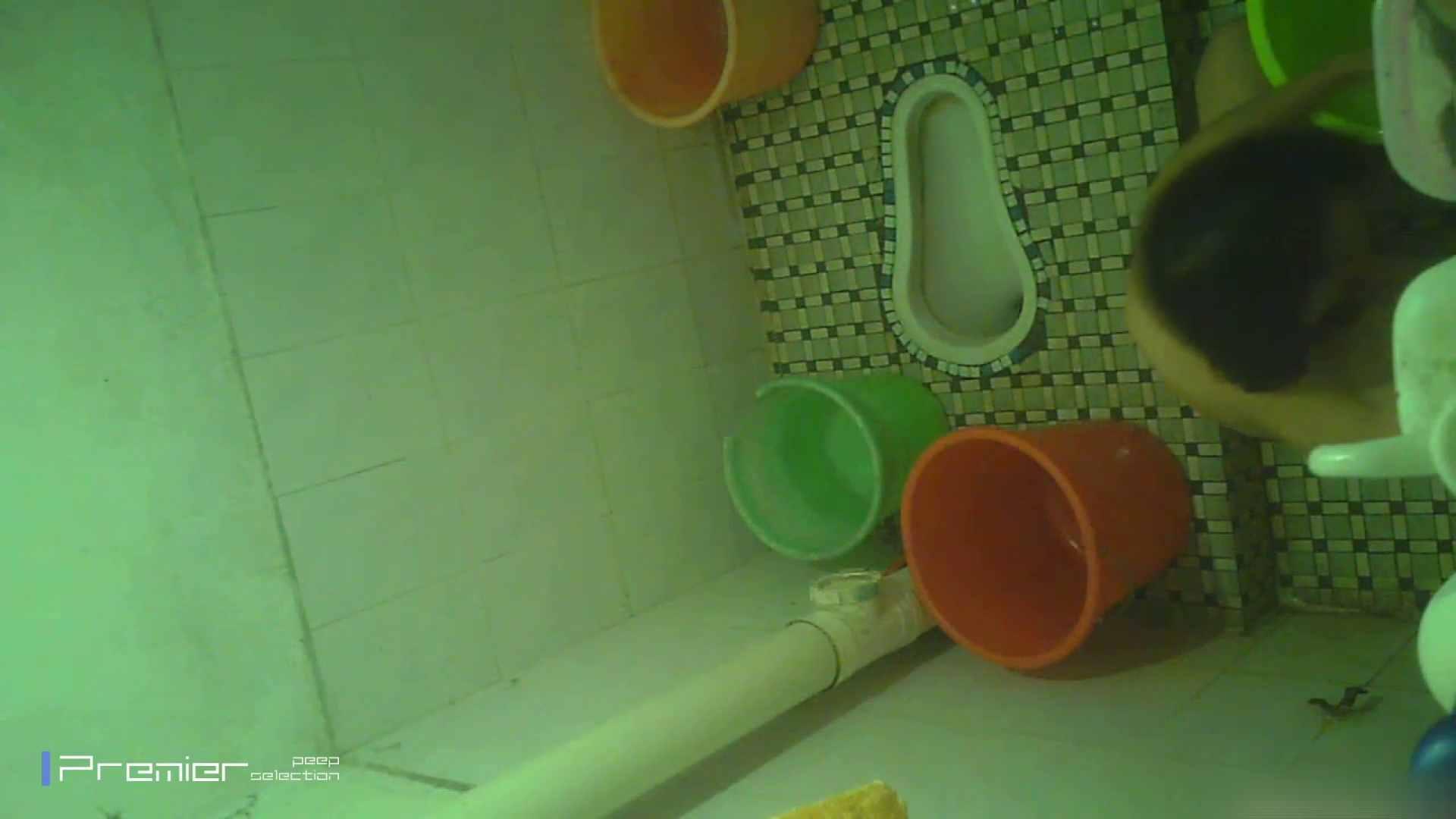 美女の痴態に密着!洗面所で体を洗う!絶世の美女 Vol.06 チラ のぞきエロ無料画像 41pic 19