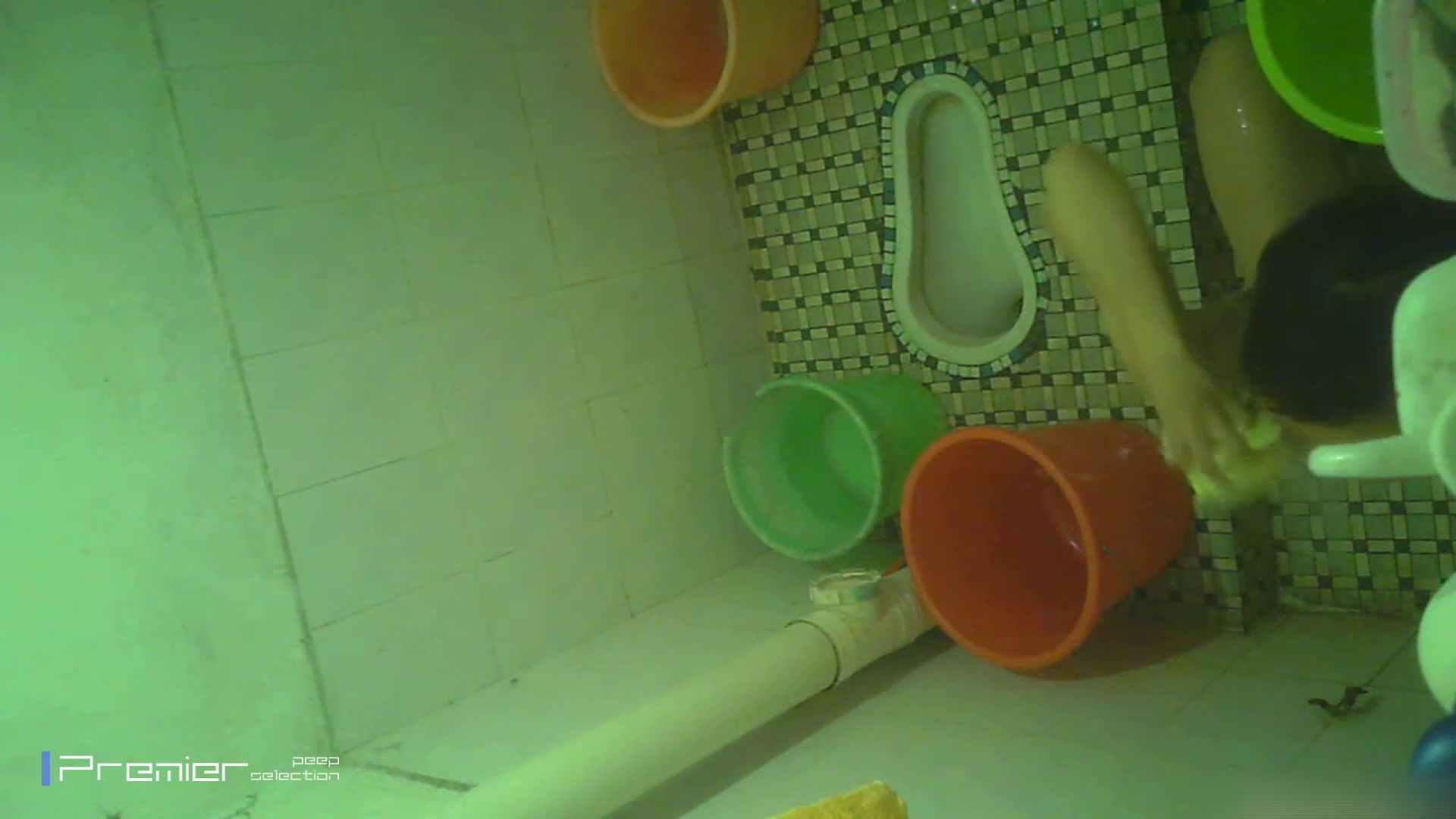 美女の痴態に密着!洗面所で体を洗う!絶世の美女 Vol.06 潜入 覗きおまんこ画像 41pic 20