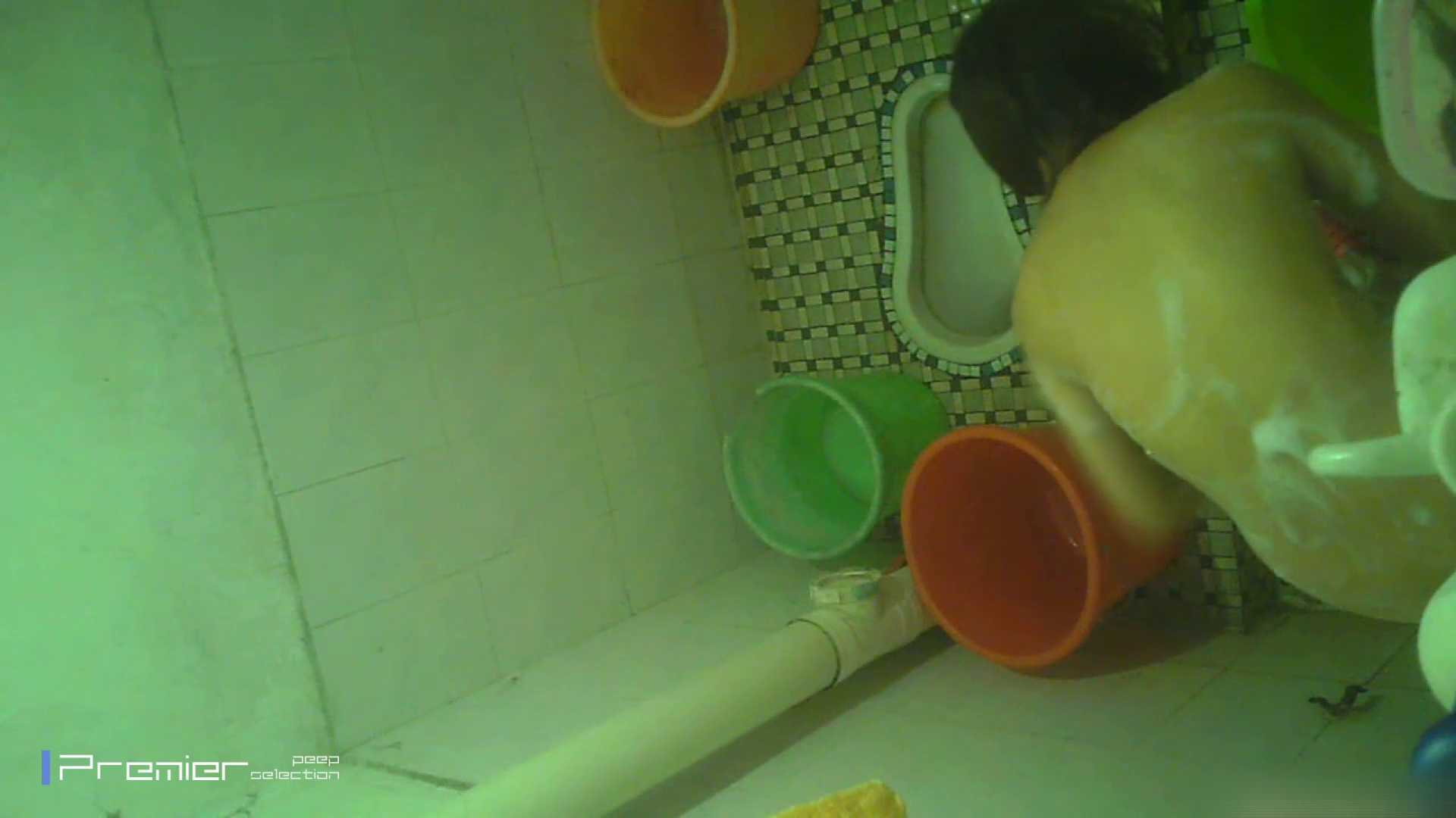 美女の痴態に密着!洗面所で体を洗う!絶世の美女 Vol.06 盗撮 えろ無修正画像 41pic 24