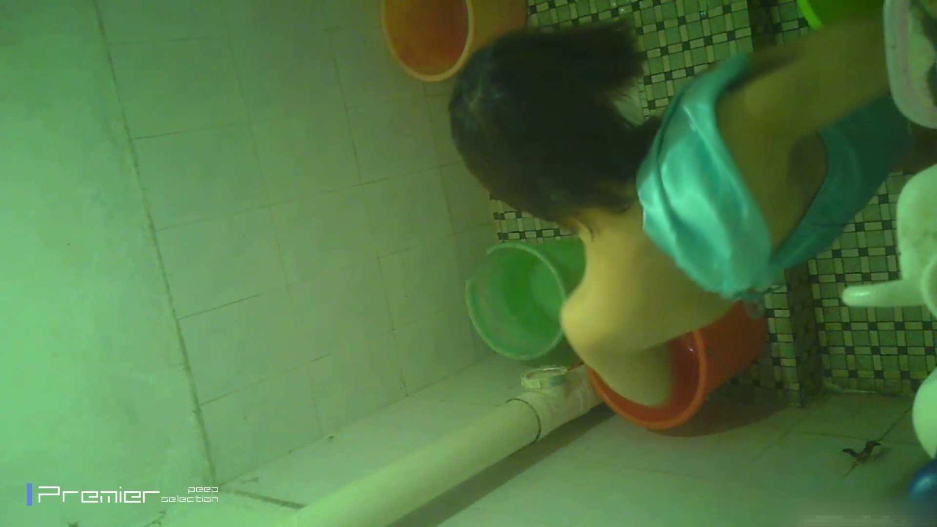 美女の痴態に密着!洗面所で体を洗う!絶世の美女 Vol.06 チラ のぞきエロ無料画像 41pic 40