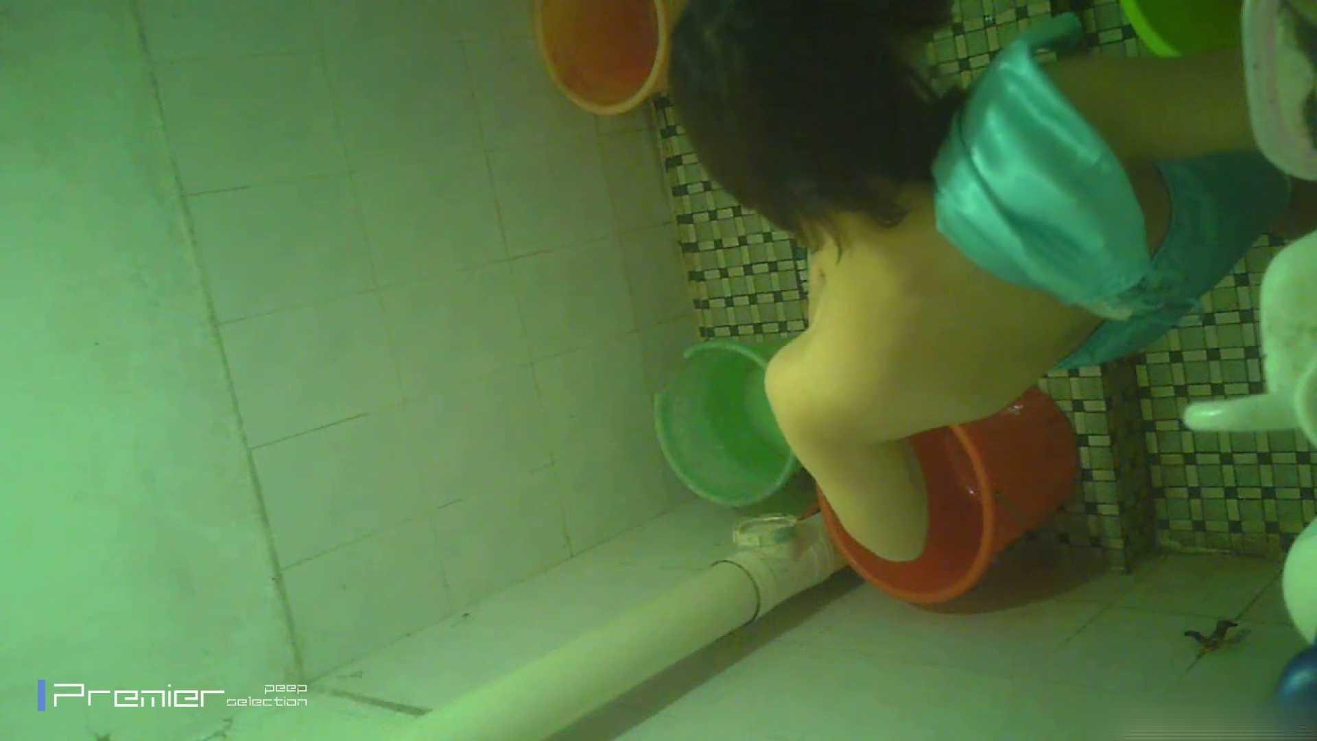 美女の痴態に密着!洗面所で体を洗う!絶世の美女 Vol.06 潜入 覗きおまんこ画像 41pic 41
