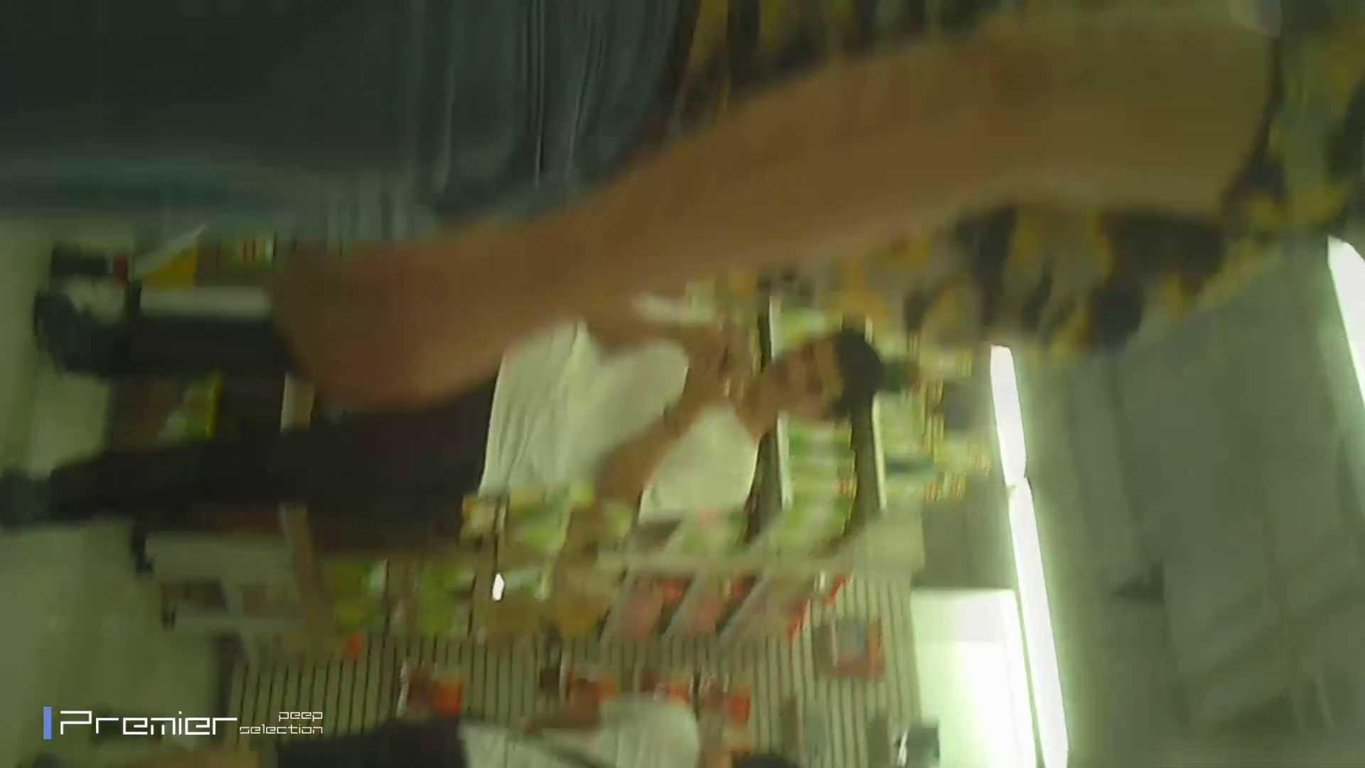ギャルのパンチラ 美女の痴態に密着!Vol.15 ギャルの実態 盗み撮りオマンコ動画キャプチャ 105pic 69