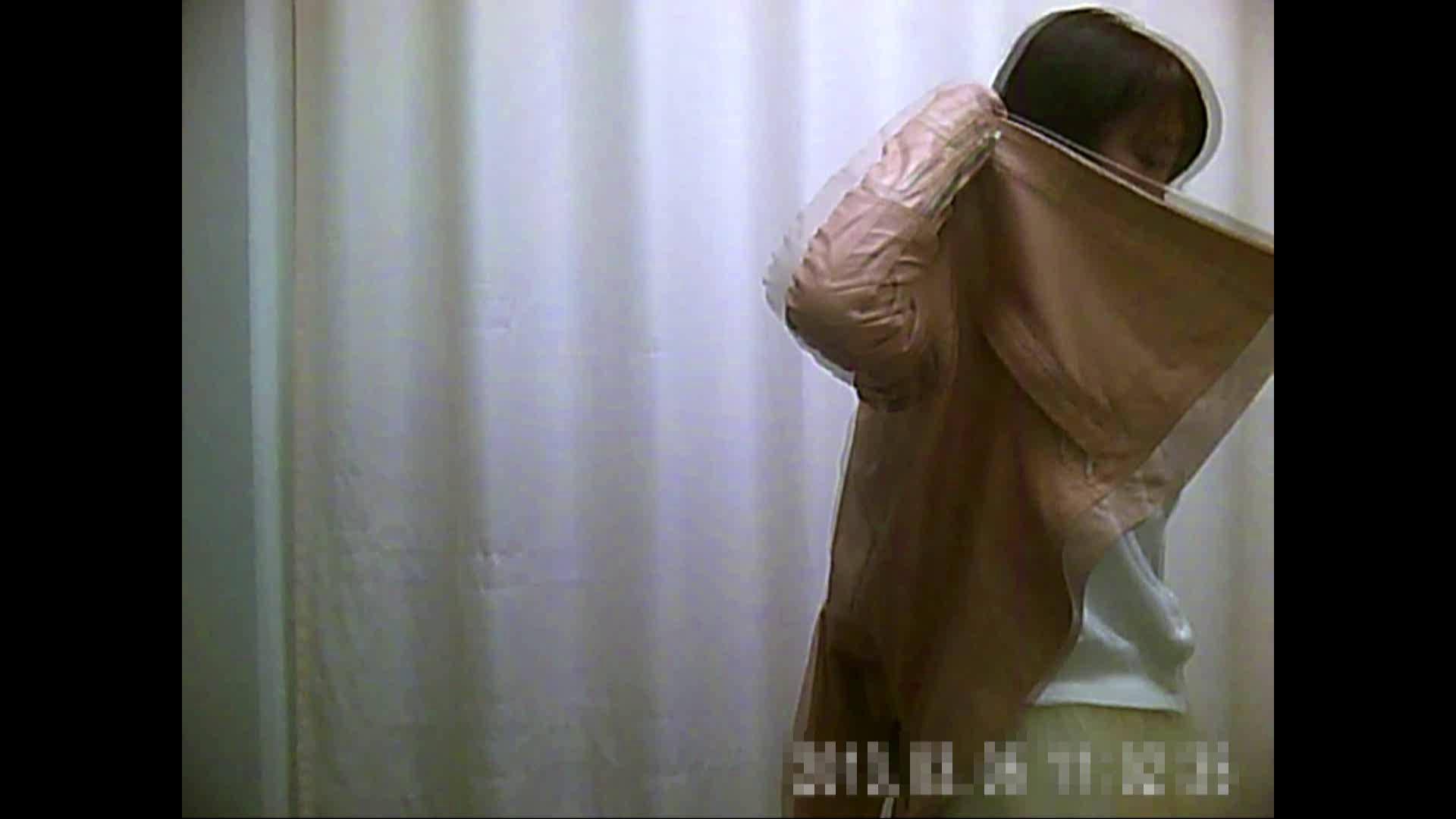 元医者による反抗 更衣室地獄絵巻 vol.100 OLの実態  28pic 16