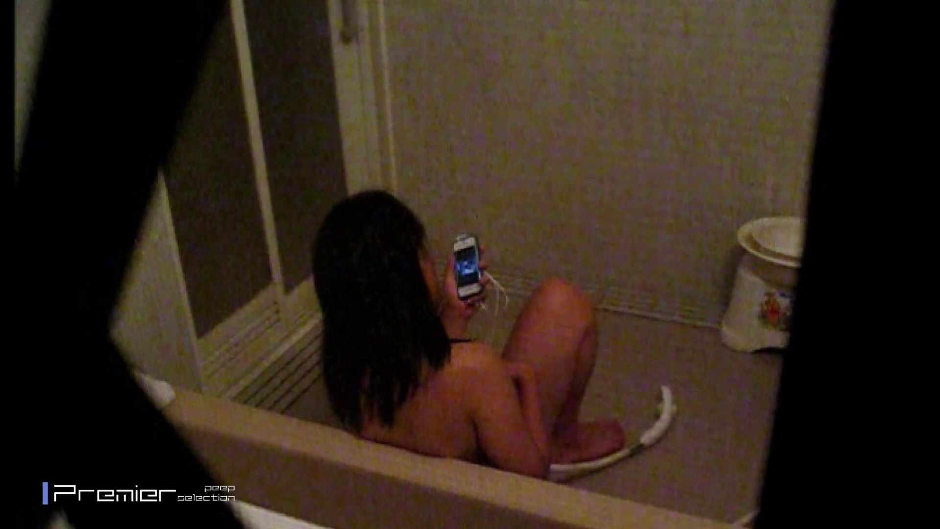 携帯触りなが満子をいじる 乙女の風呂場 Vol.19 OLの実態  98pic 32