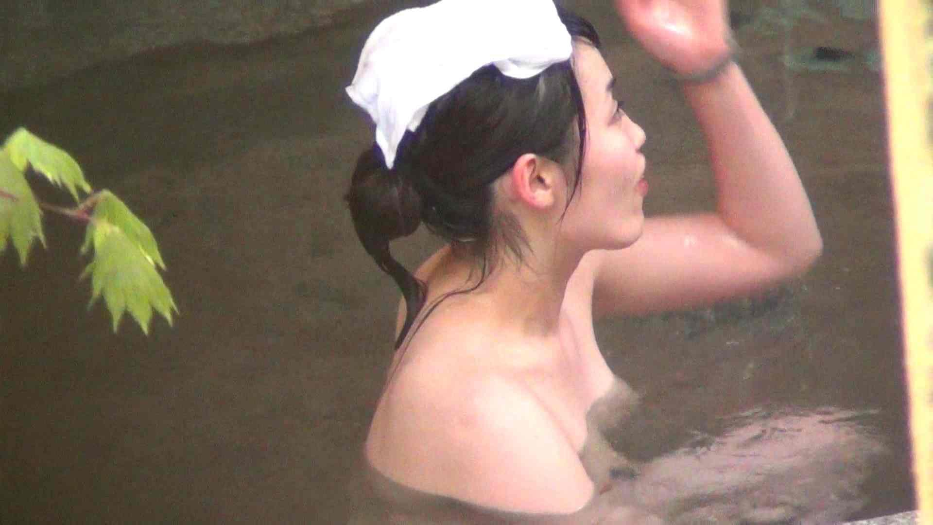 ハイビジョンVol.5 今回の女子会は三人で お尻のアップに注目! 潜伏露天風呂  51pic 6