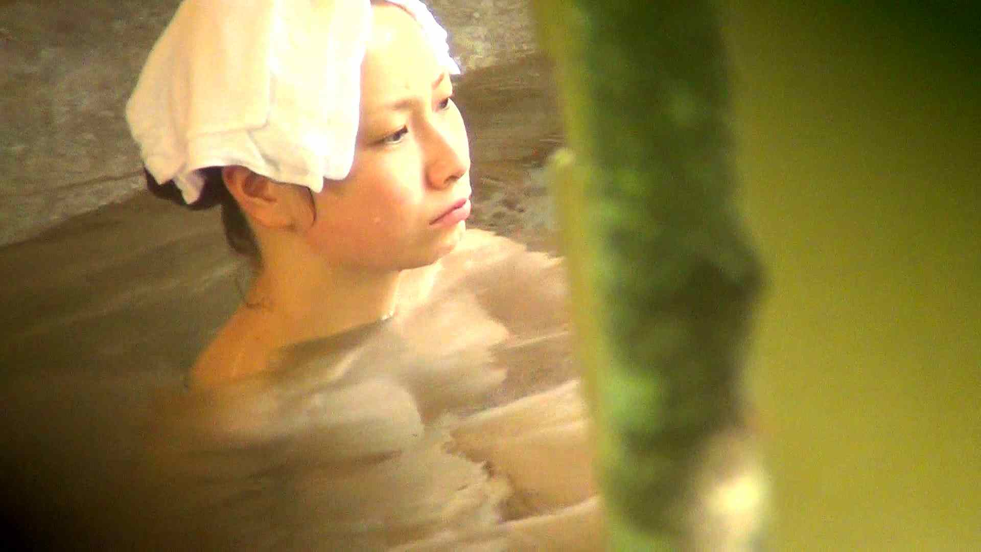 Vol.36 不機嫌な桃色美女 潜伏露天風呂 覗きワレメ動画紹介 80pic 65