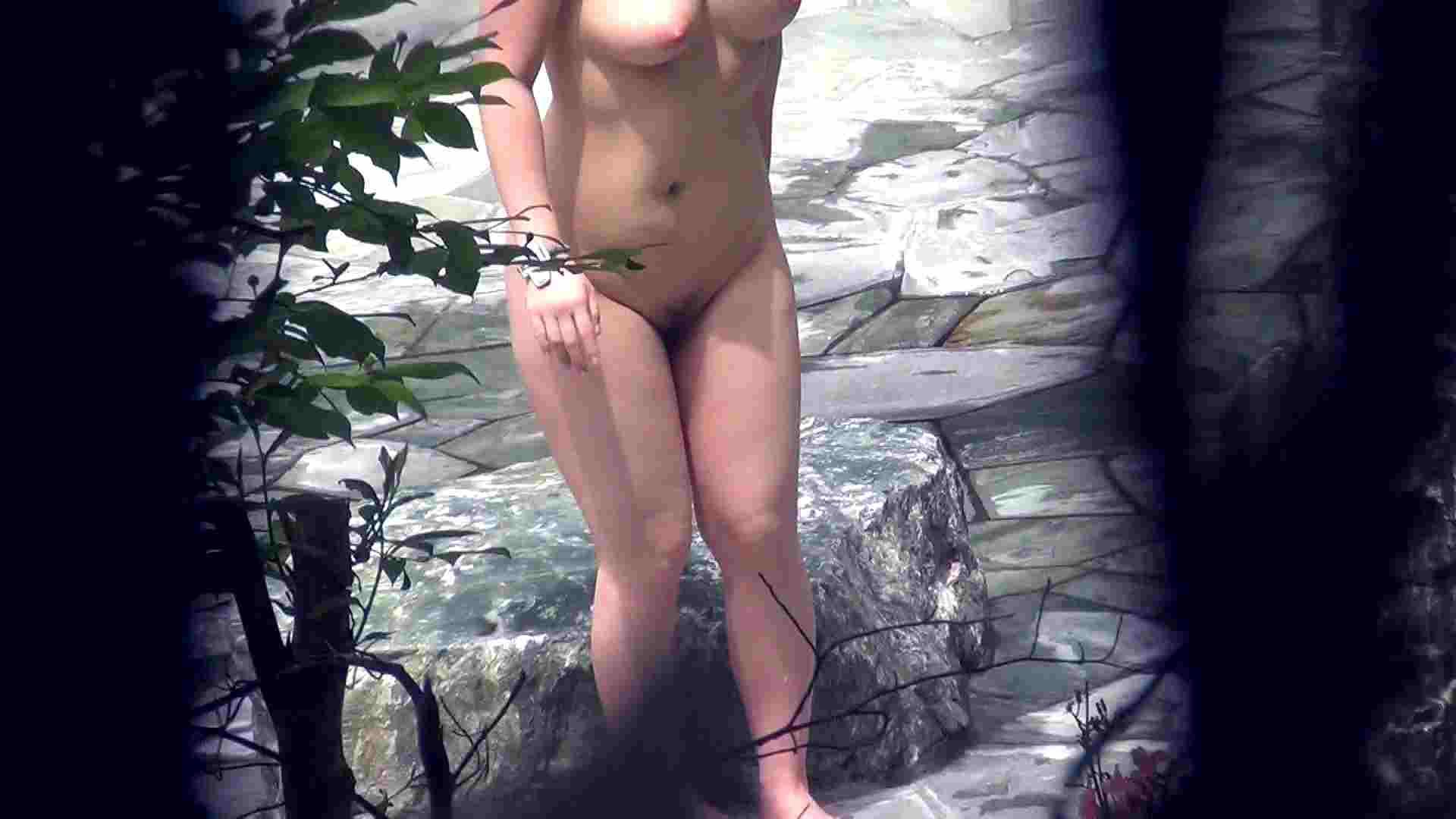 Vol.45 今度はshimaiでしょうか ムッチリ嬢の大胆開脚 潜伏露天風呂 盗撮アダルト動画キャプチャ 99pic 74