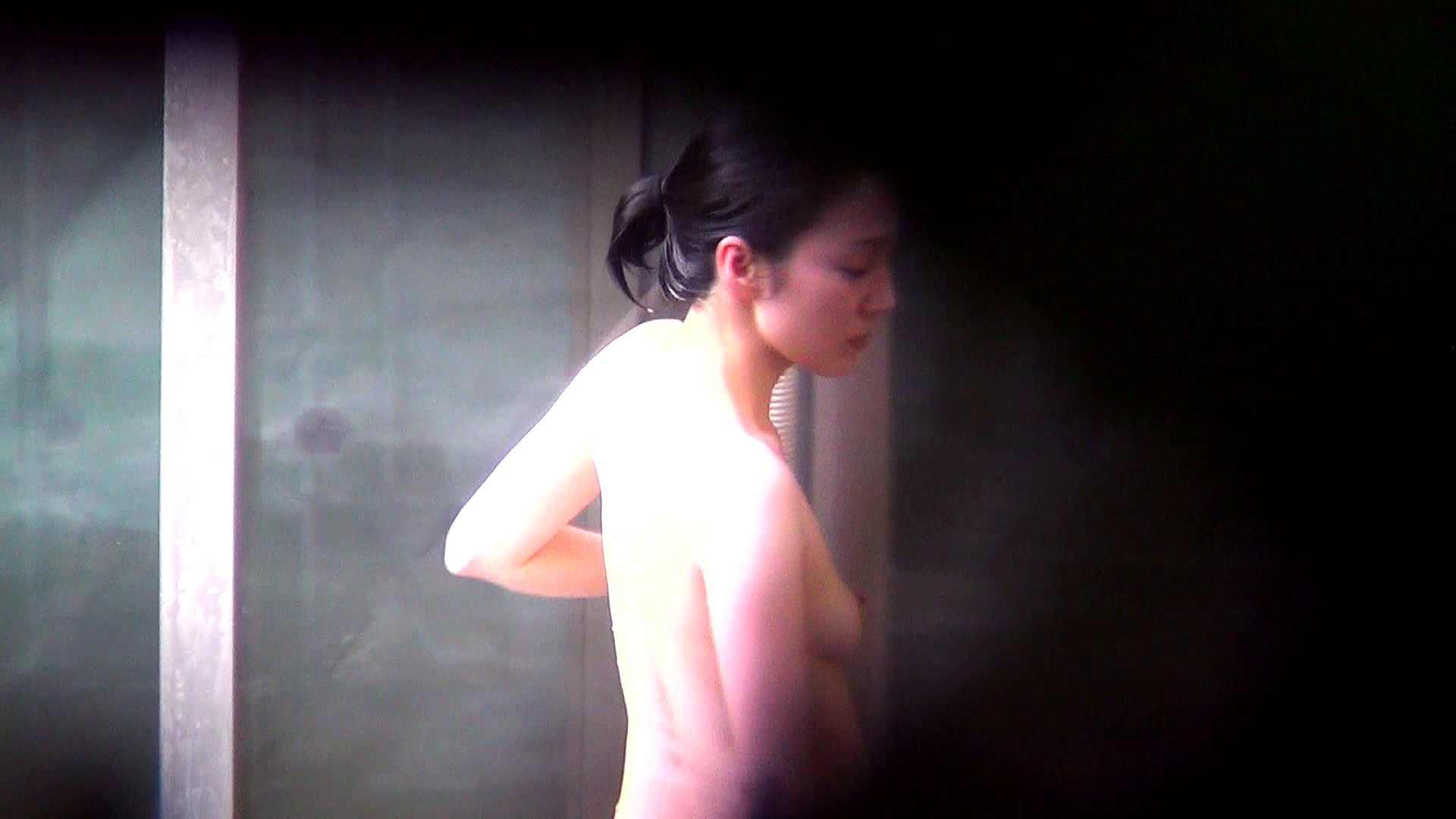 Vol.60 細身美女の股間から垂れているタコ糸 OLの実態 盗み撮り動画キャプチャ 72pic 18
