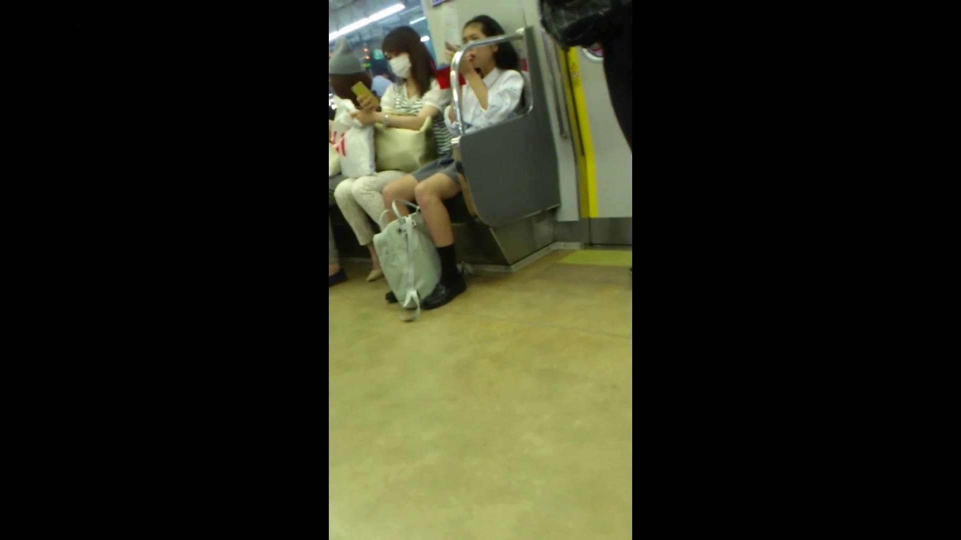 盗撮列車 vol.05 制月反のスカートの中が…見たいです。 期間限定 のぞきおめこ無修正画像 42pic 7