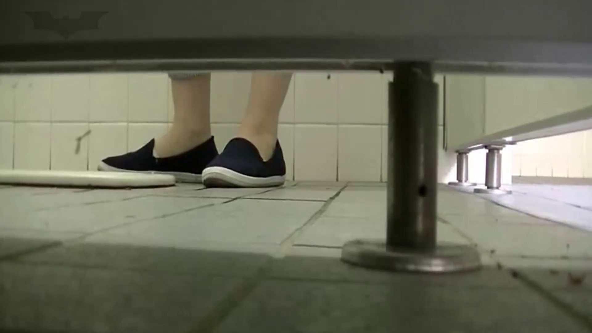 夏の思い出浜辺トイレ盗撮Vol.24 和式 | 盗撮  65pic 1
