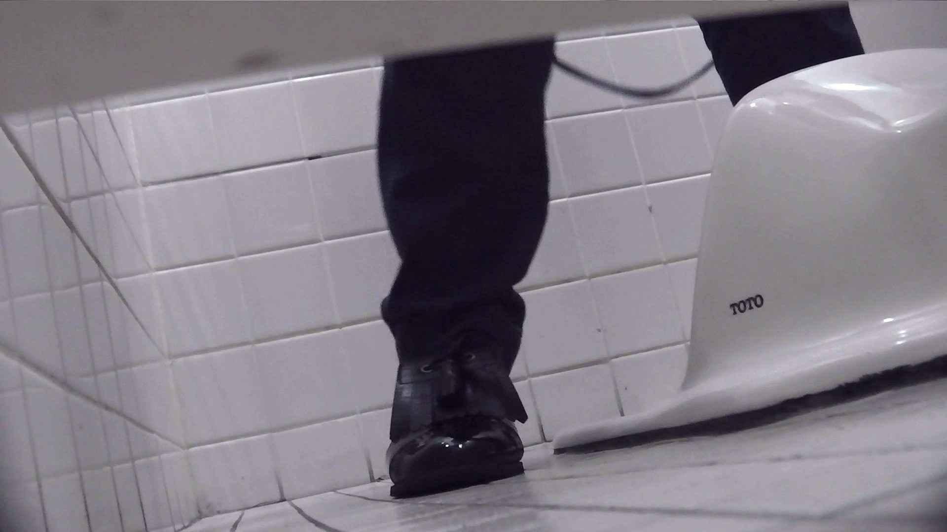 お銀さんの「洗面所突入レポート!!」Nol.4 美人 隠し撮りオマンコ動画紹介 84pic 68