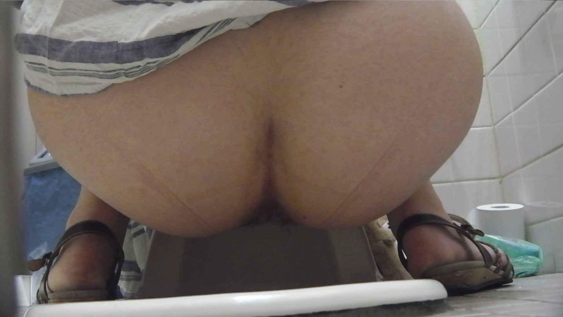 お銀さんの「洗面所突入レポート!!」Nol.12 洗面所 隠し撮りセックス画像 88pic 65