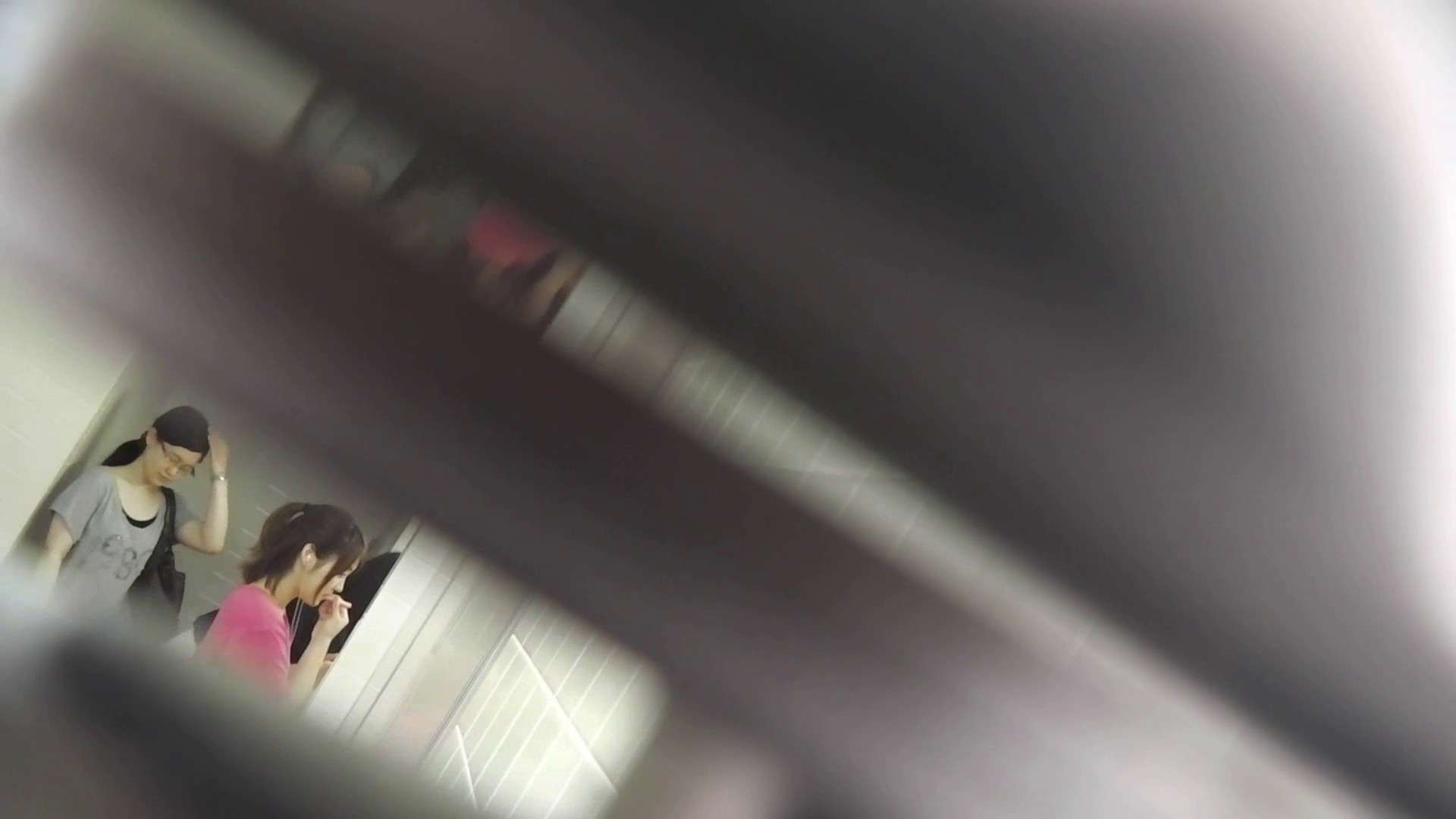 お銀さんの「洗面所突入レポート!!」 vol.27 ゴツゴツ系 OLの実態 盗撮戯れ無修正画像 43pic 41