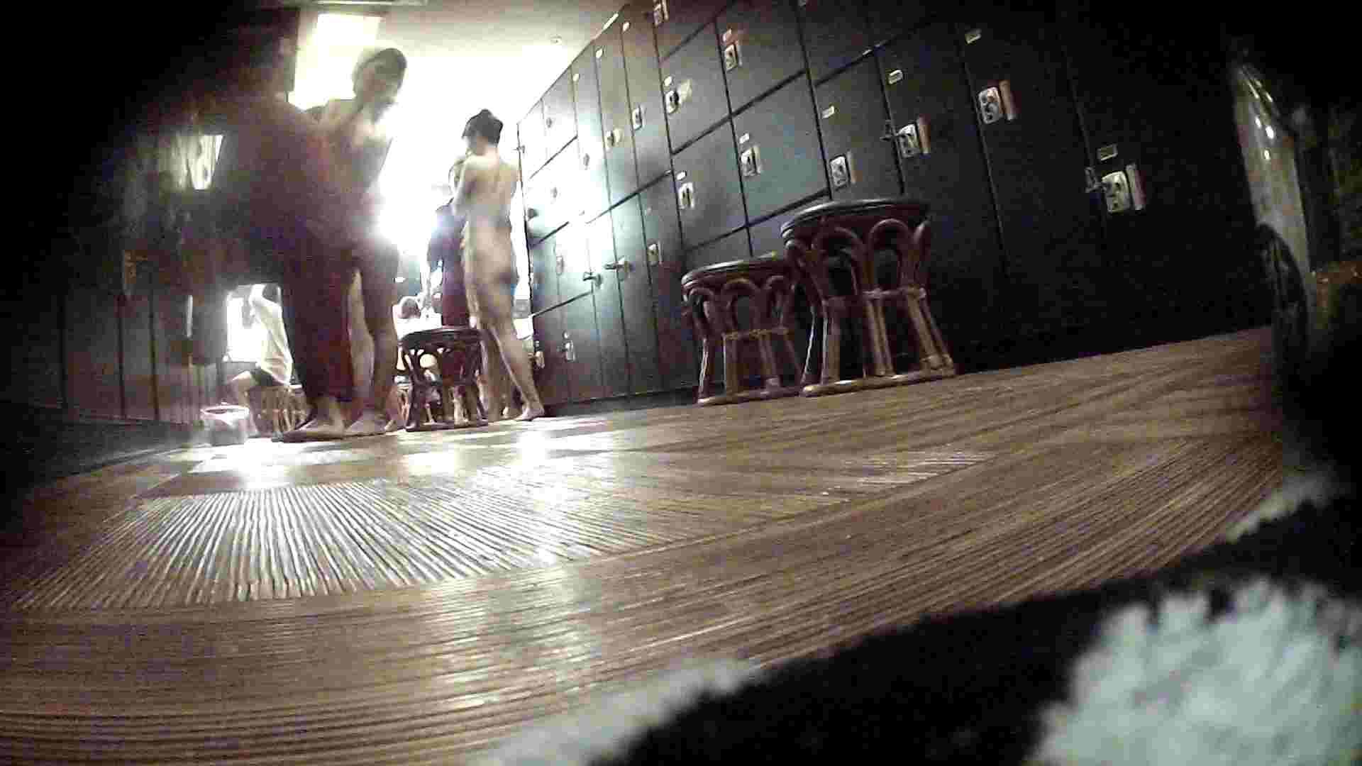 オムニバスVol.5 脱衣所のイケイケギャルがお勧め OLの実態 盗撮エロ画像 36pic 27