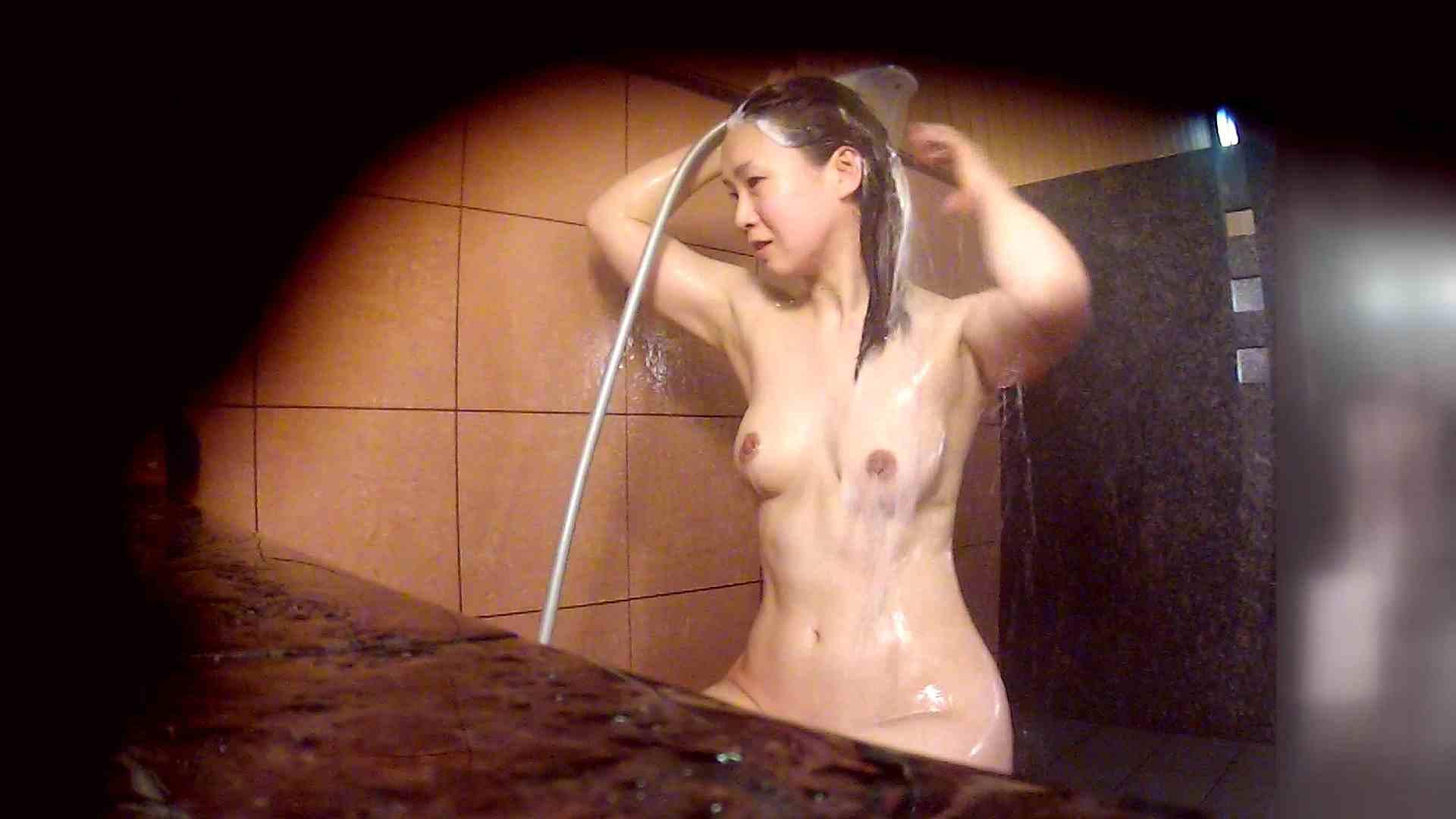 洗い場!マッスルお嬢さん!でもオッパイだけは柔らかそうです。 銭湯  18pic 10
