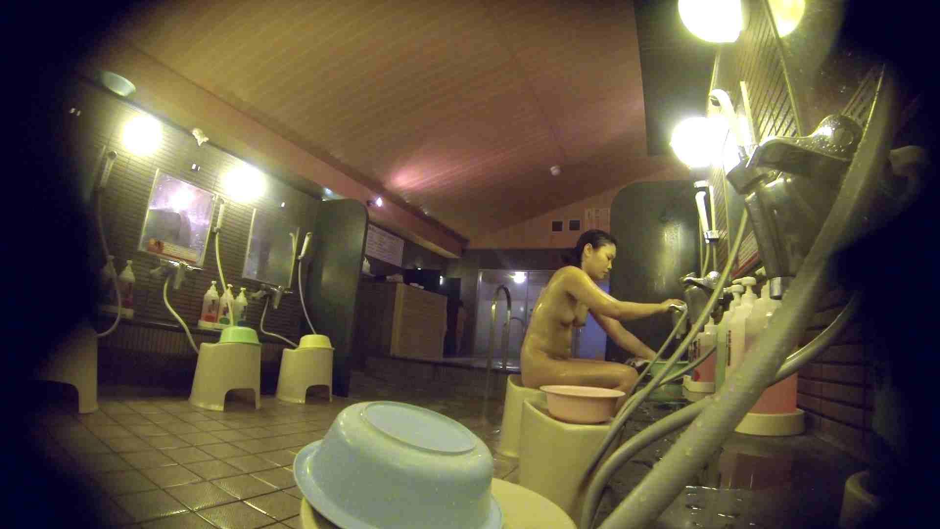 洗い場!スタイル抜群で柔らかそうに揺れるオッパイ 潜入   銭湯  85pic 19