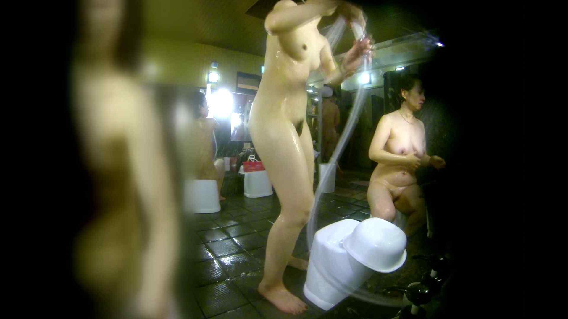 洗い場!右足の位置がいいですね。陰毛もっさり! 銭湯   潜入  58pic 9