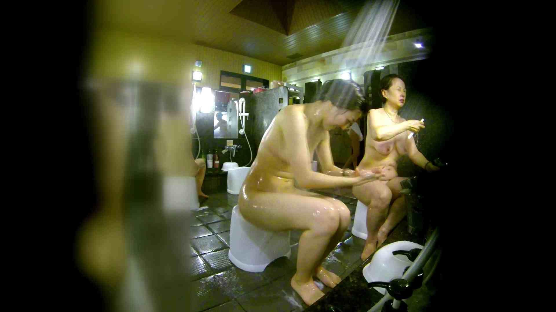 洗い場!右足の位置がいいですね。陰毛もっさり! 銭湯  58pic 26